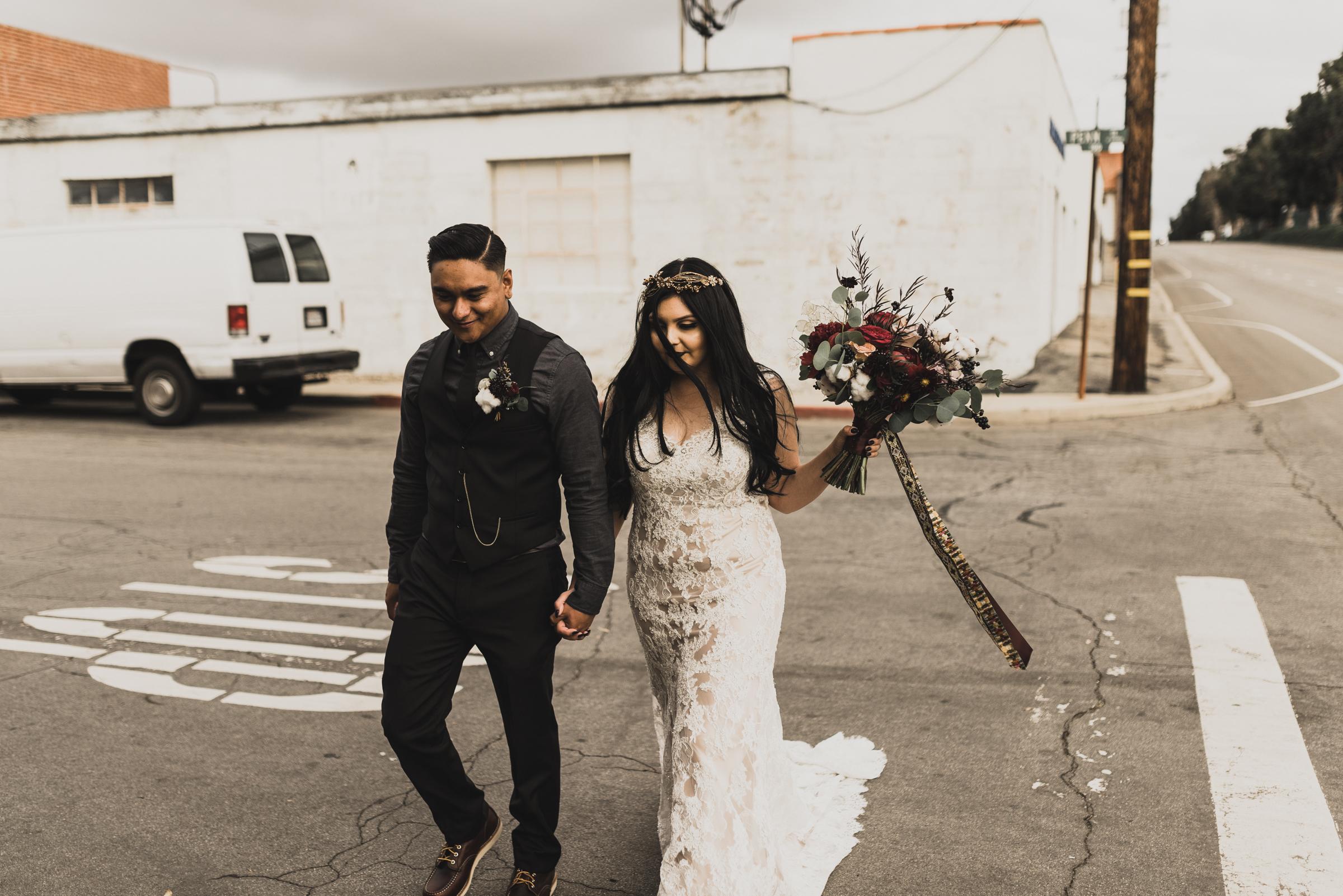 ©Isaiah + Taylor Photography - Smoky Hollow Studios Wedding, El Segundo, Los Angeles Wedding Photographer-95.jpg