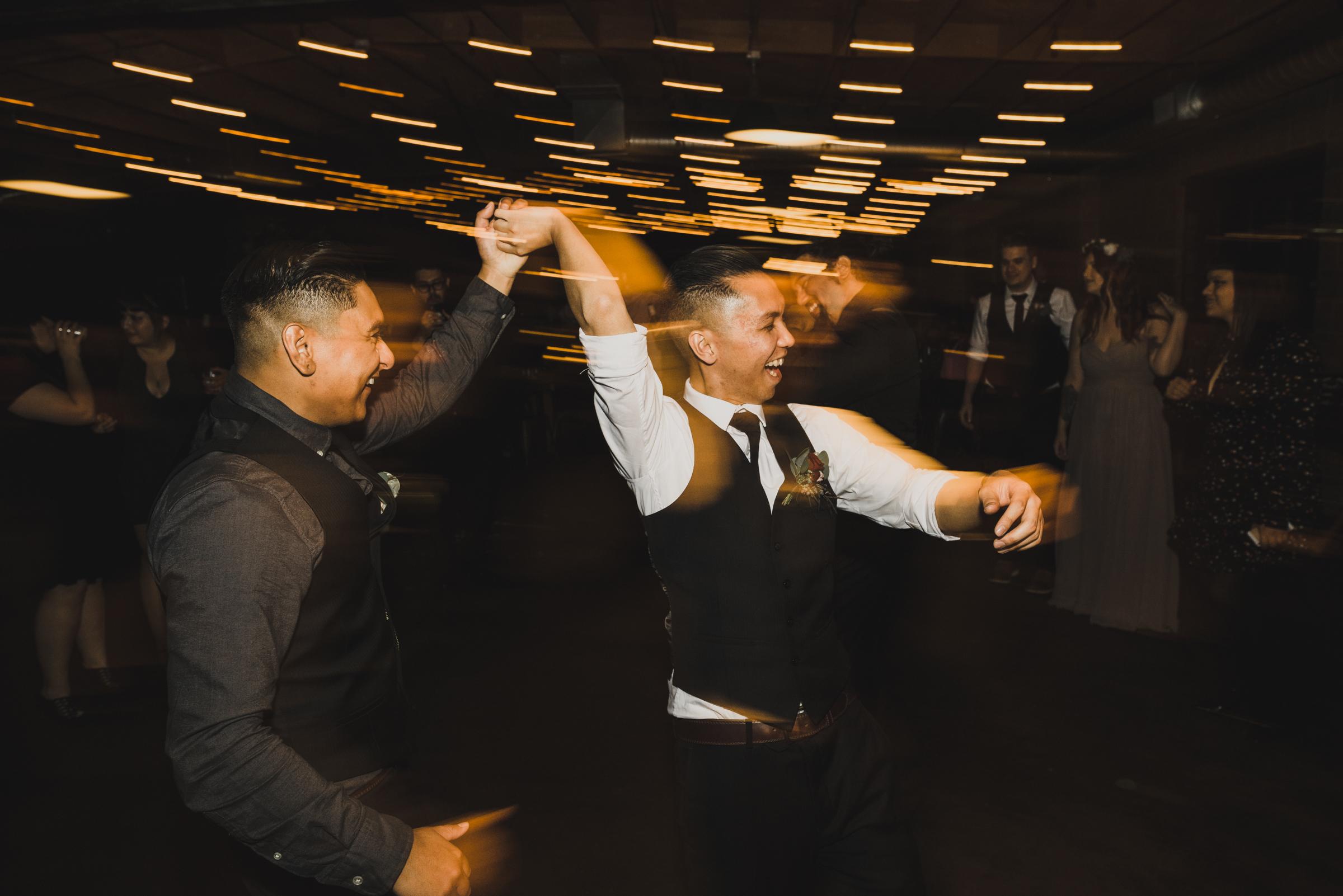 ©Isaiah + Taylor Photography - Smoky Hollow Studios Wedding, El Segundo, Los Angeles Wedding Photographer-130.jpg