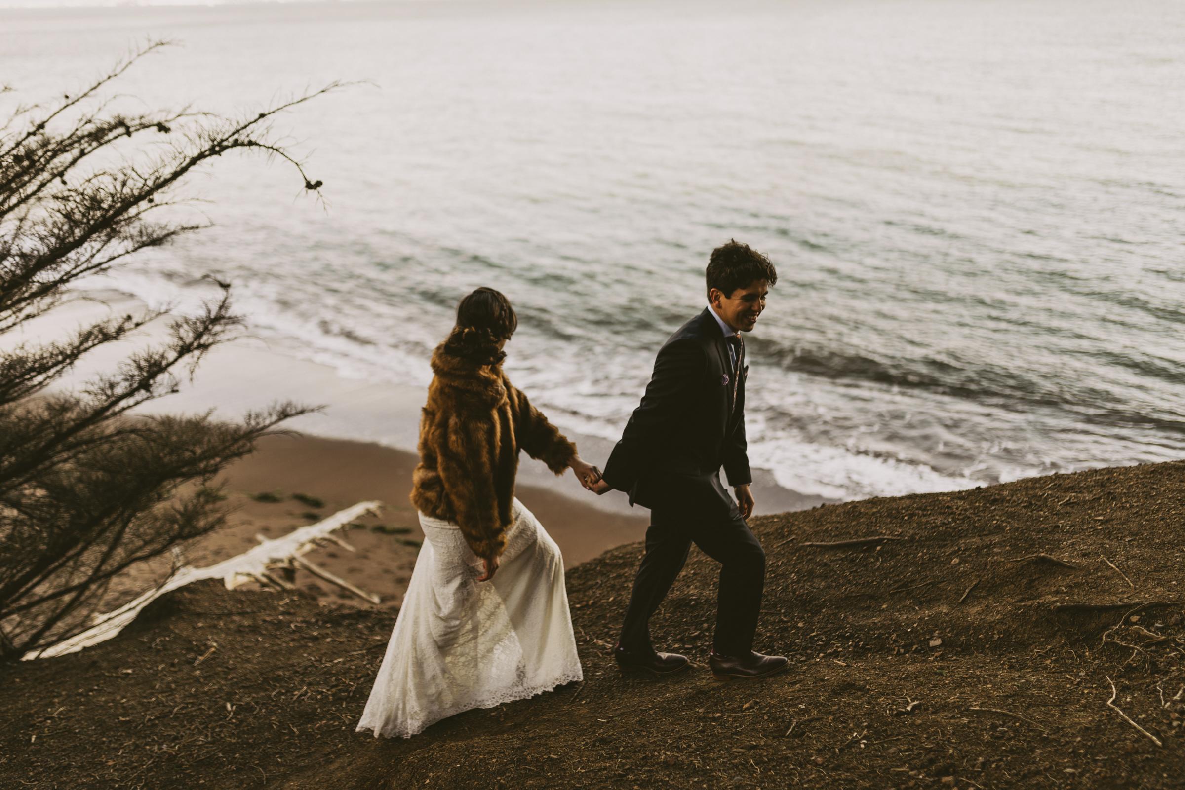 ©Isaiah + Taylor Photography - San Fransisco Elopement, Golden Gate Bridge-34.jpg