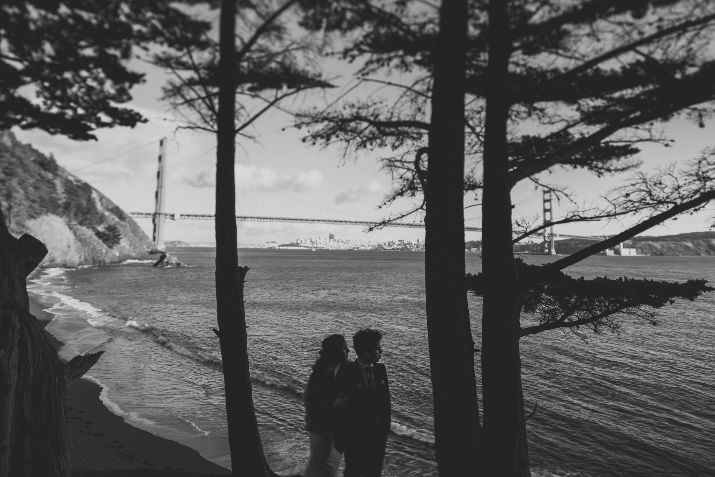 ©Isaiah + Taylor Photography - San Fransisco Elopement, Golden Gate Bridge-35.jpg