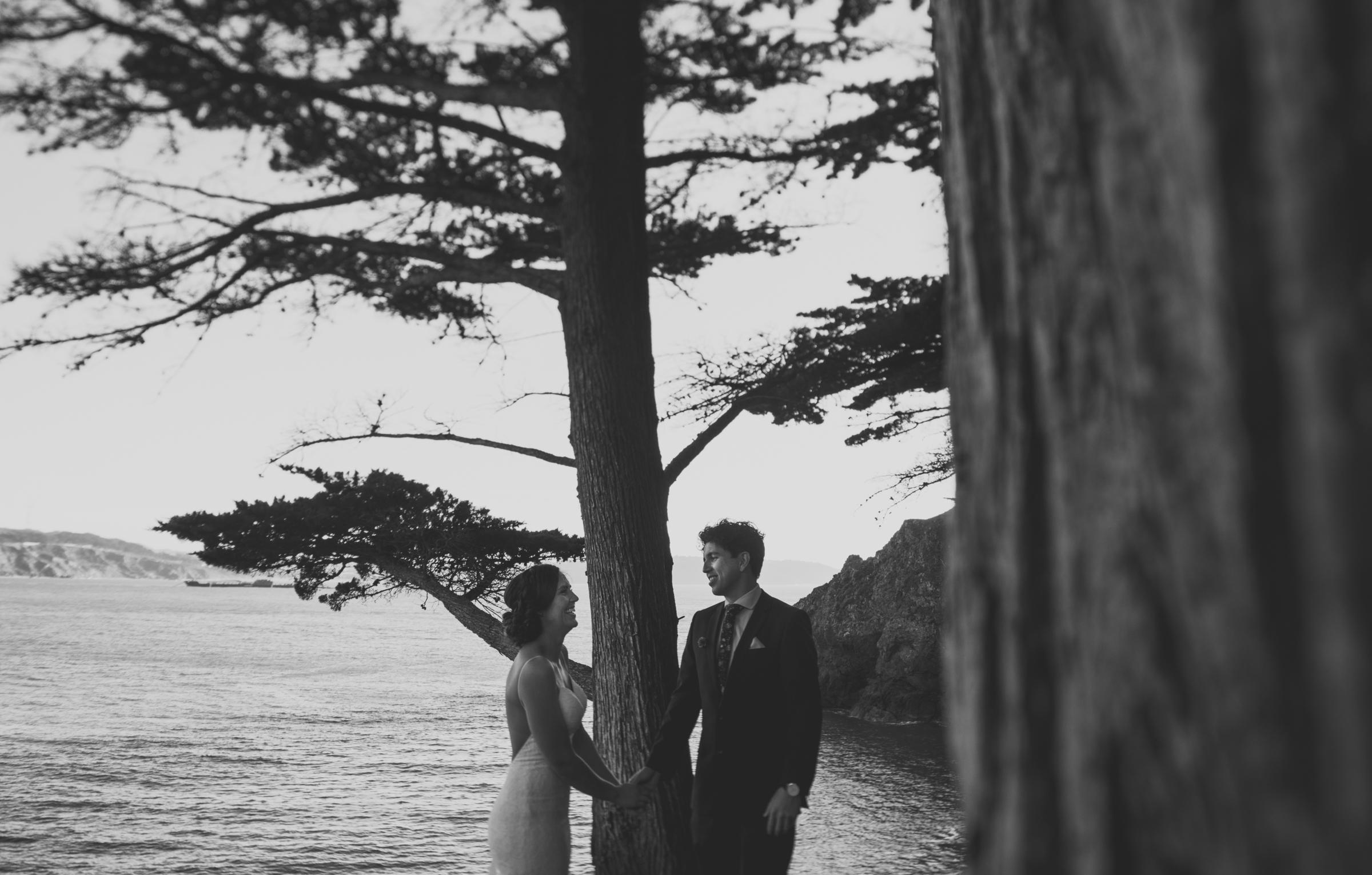 ©Isaiah + Taylor Photography - San Fransisco Elopement, Golden Gate Bridge-37.jpg
