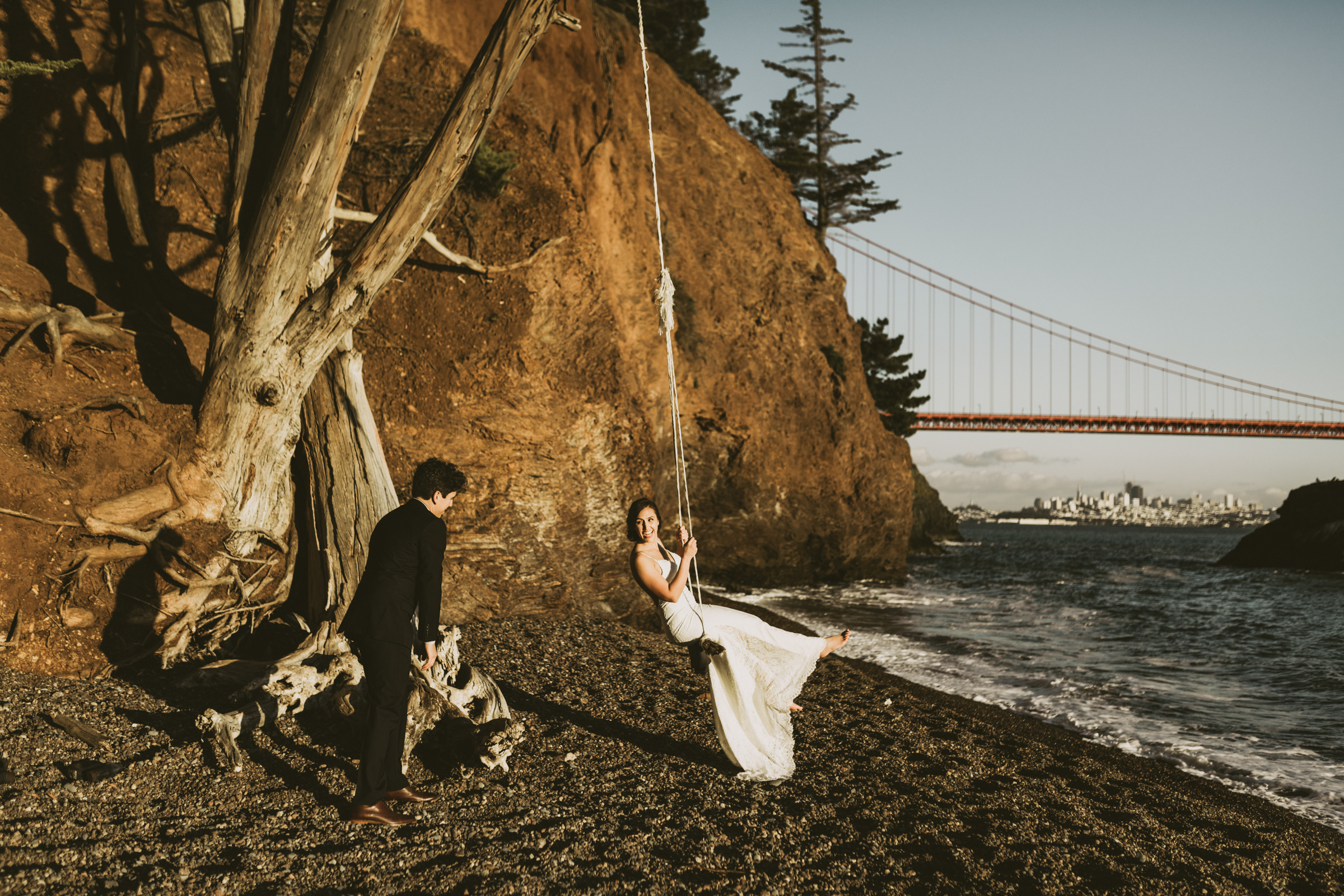 ©Isaiah + Taylor Photography - San Fransisco Elopement, Golden Gate Bridge-71.jpg