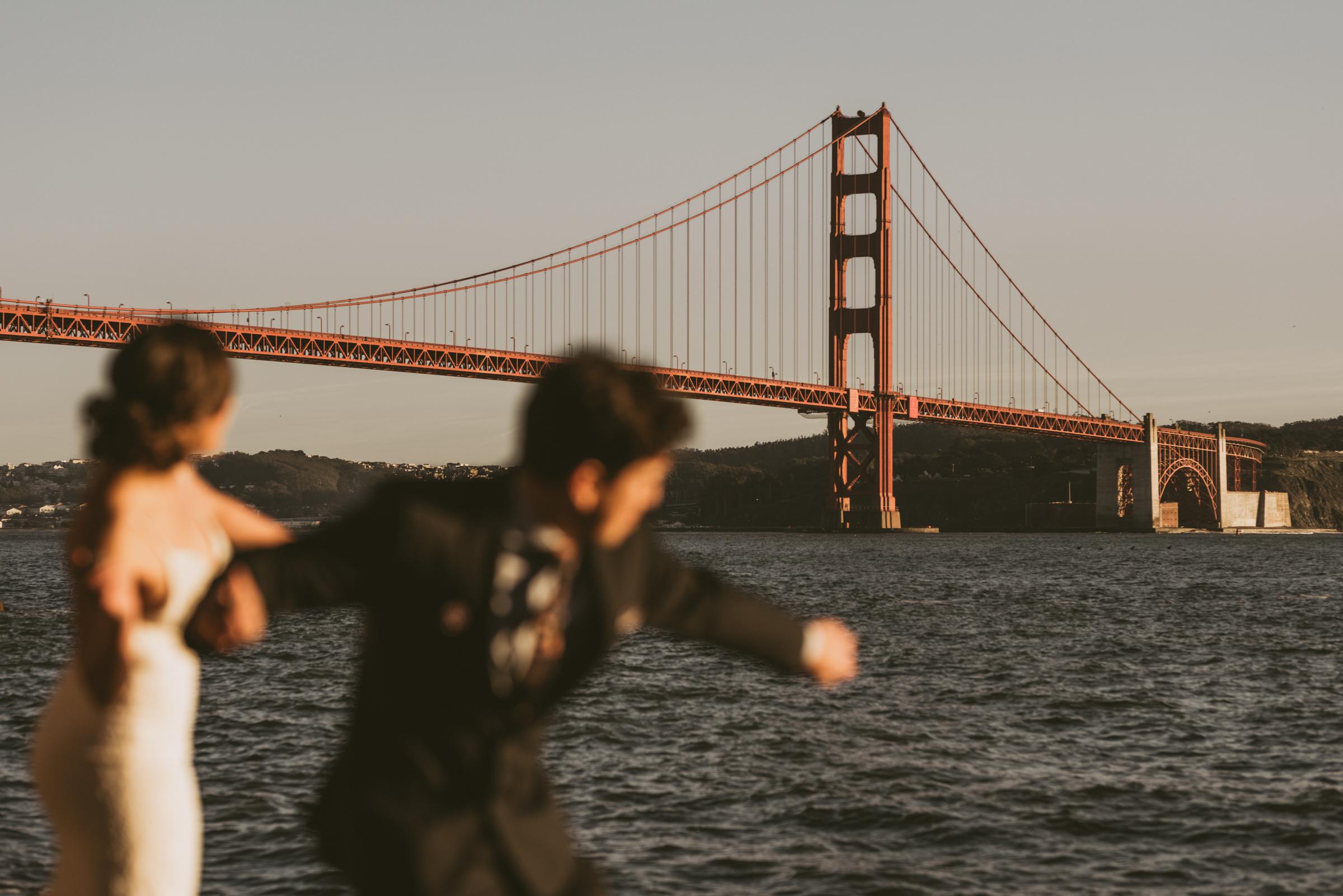 ©Isaiah + Taylor Photography - San Fransisco Elopement, Golden Gate Bridge-75.jpg