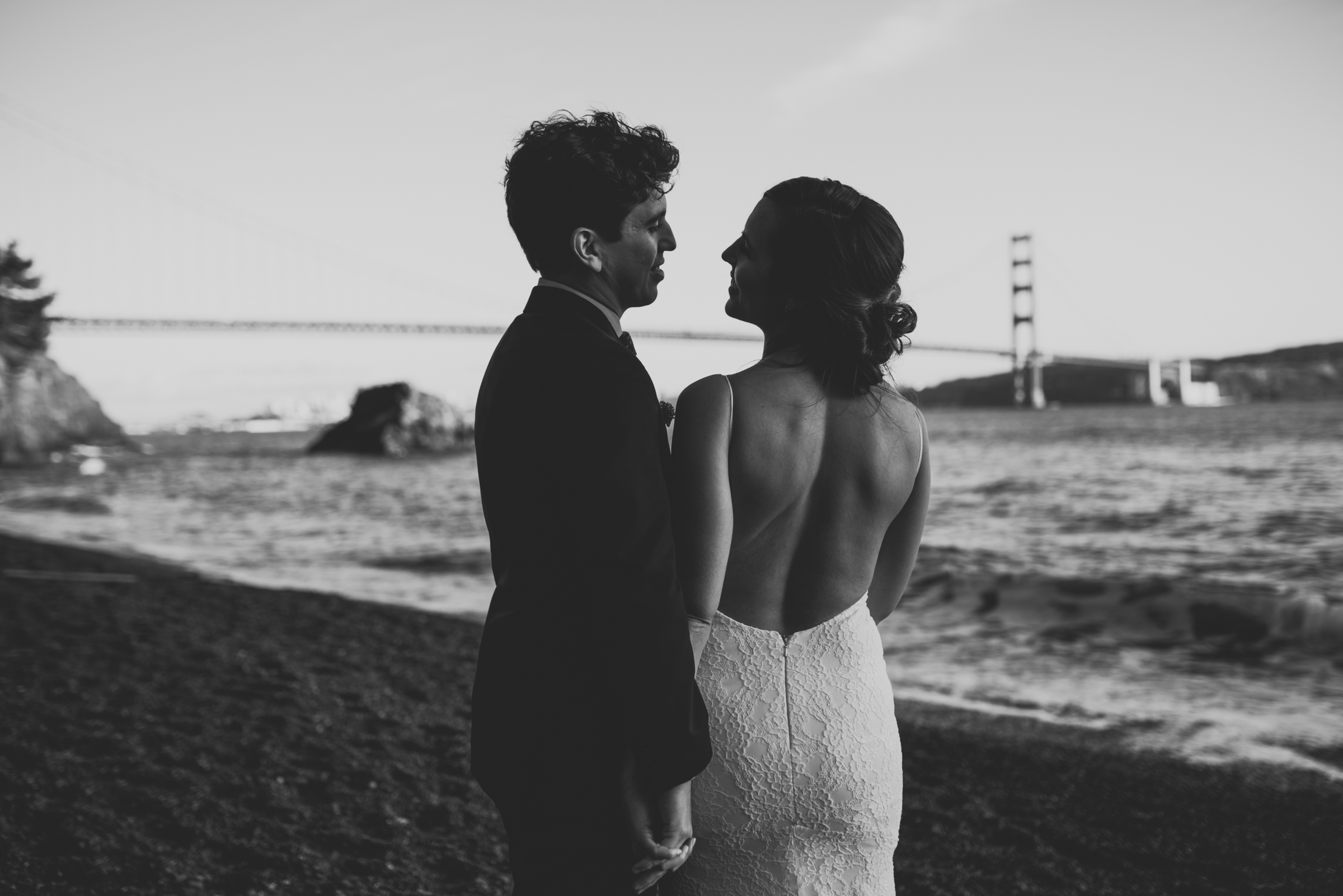 ©Isaiah + Taylor Photography - San Fransisco Elopement, Golden Gate Bridge-87.jpg