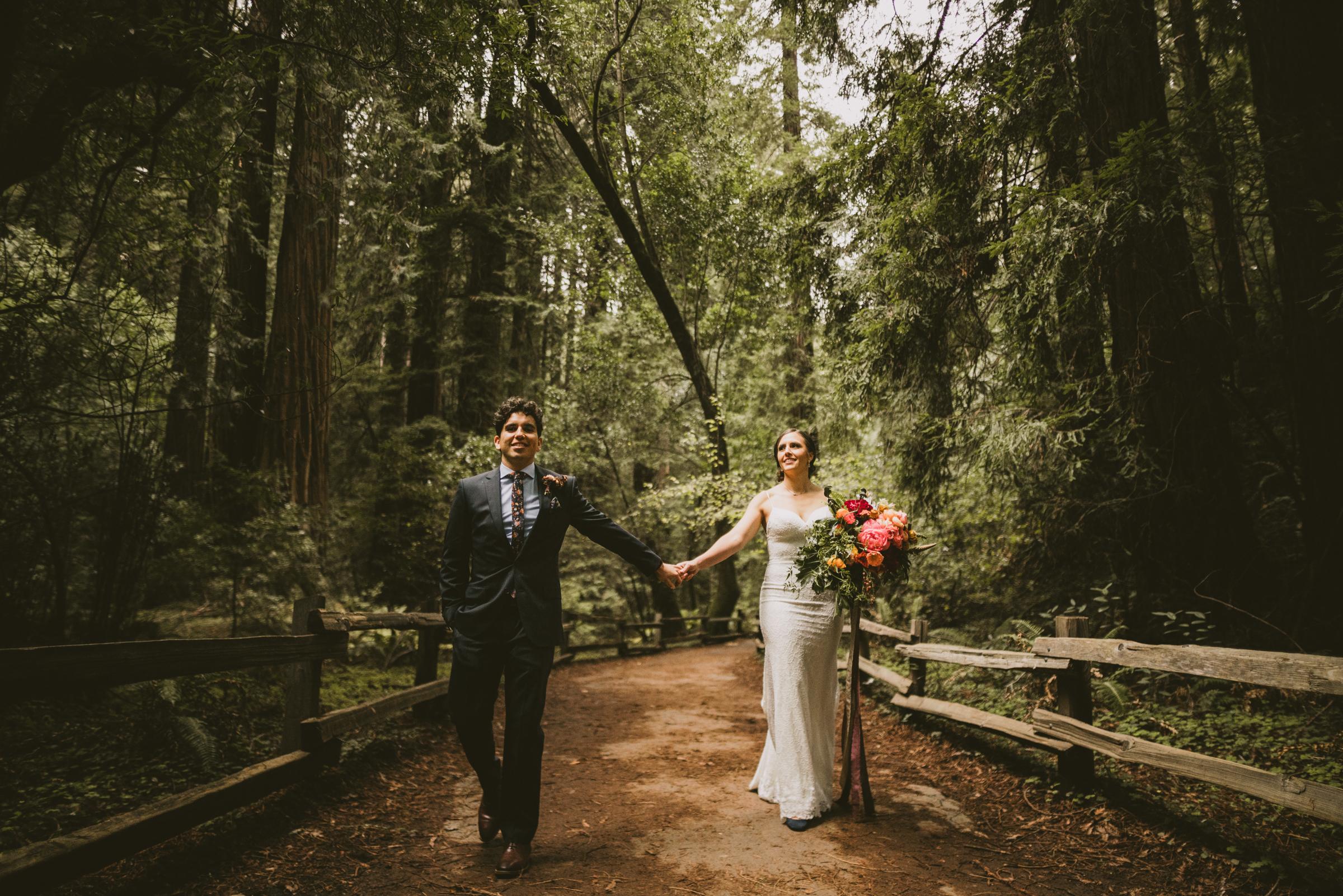 ©Isaiah + Taylor Photography - San Fransisco Elopement, Muir Woods-50.jpg