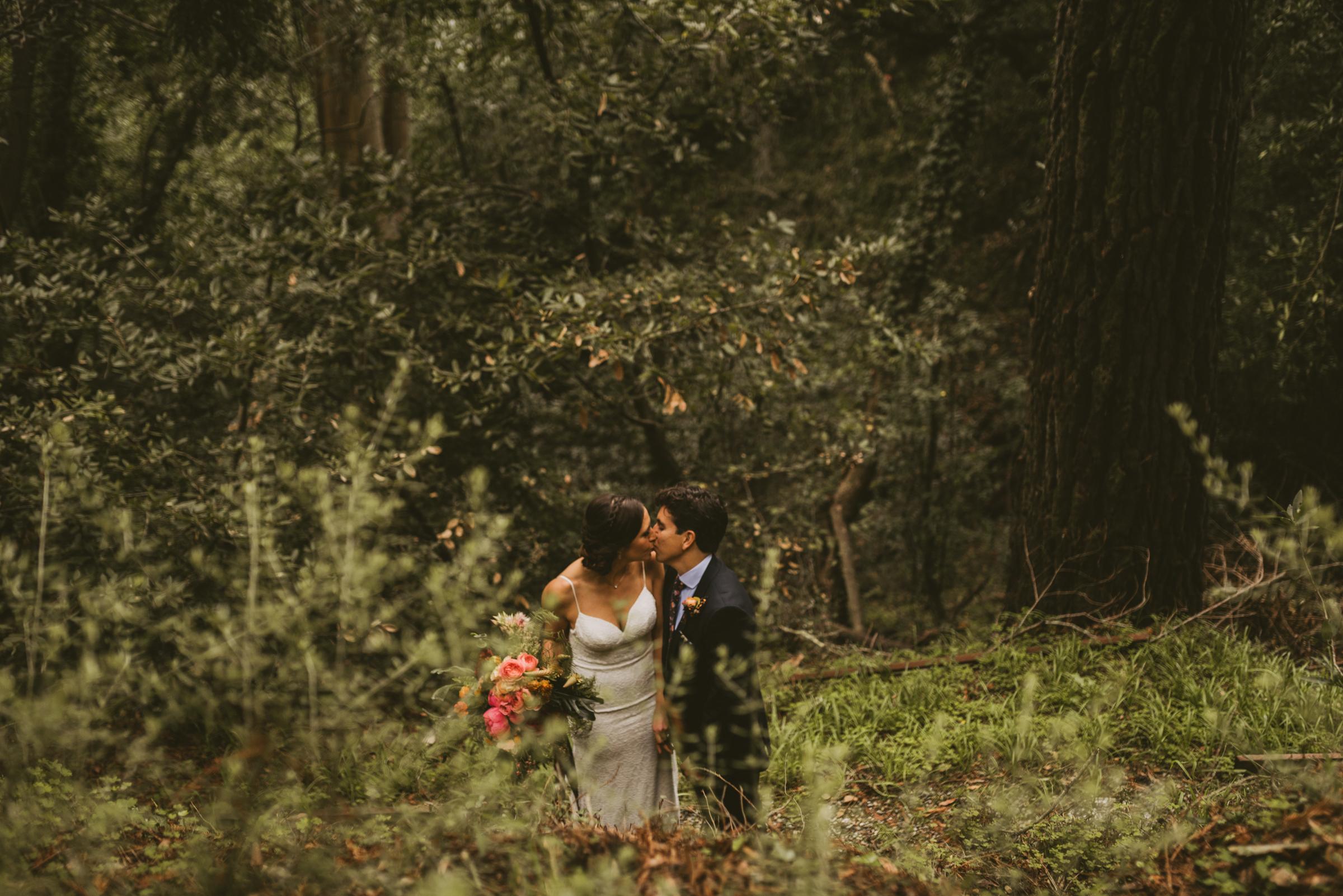 ©Isaiah + Taylor Photography - San Fransisco Elopement, Muir Woods-32.jpg