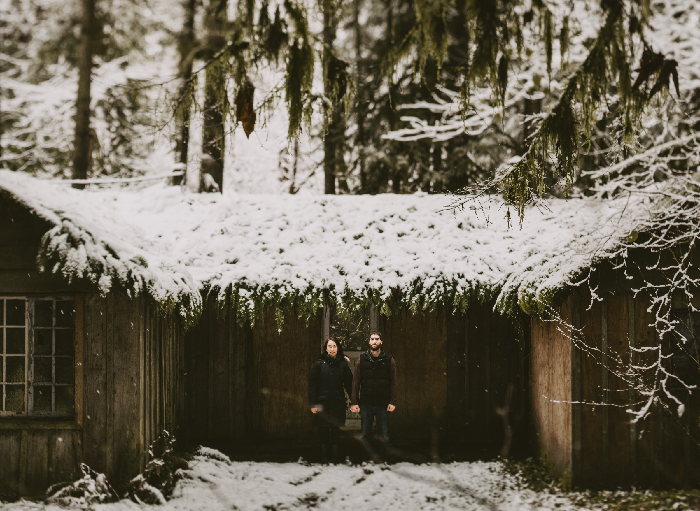 © Isaiah + Taylor Photography - Portland, Oregon Winter Forest Cabin Engagement-13.jpg