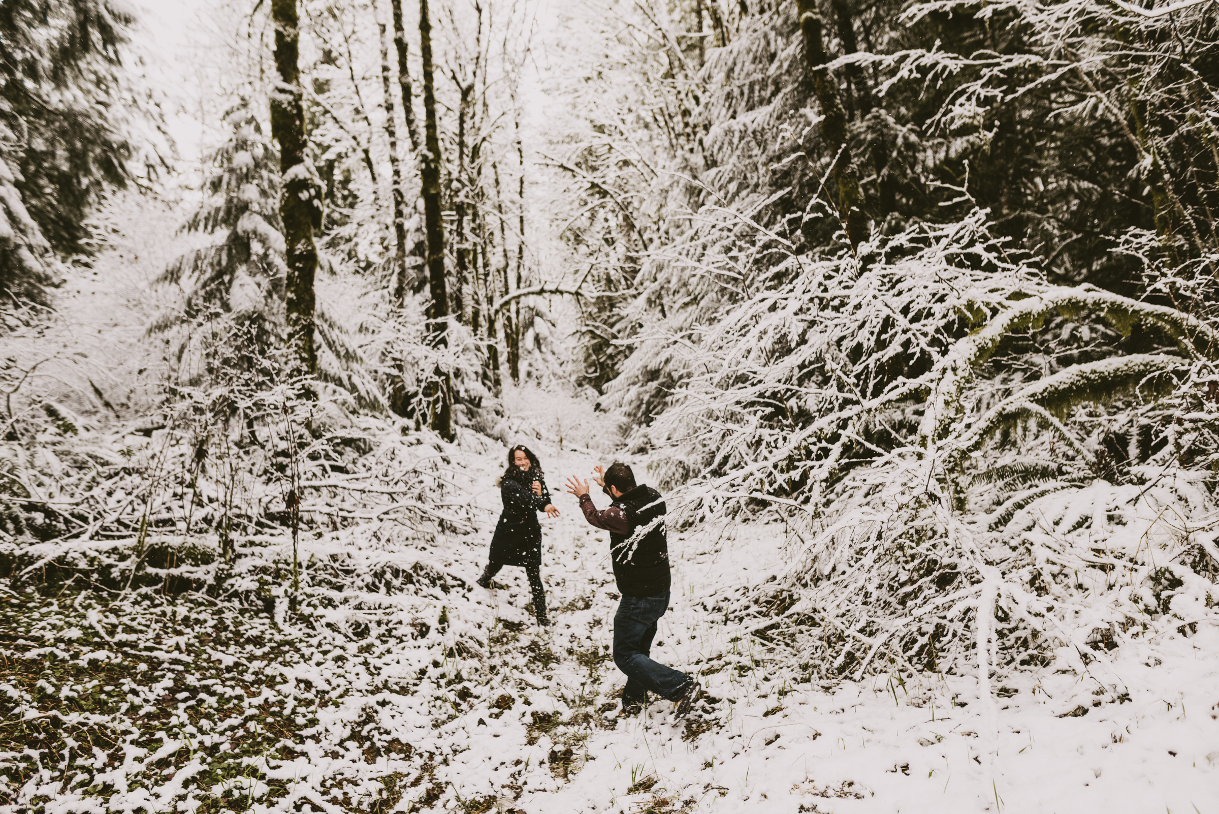 © Isaiah + Taylor Photography - Portland, Oregon Winter Forest Cabin Engagement-19.jpg