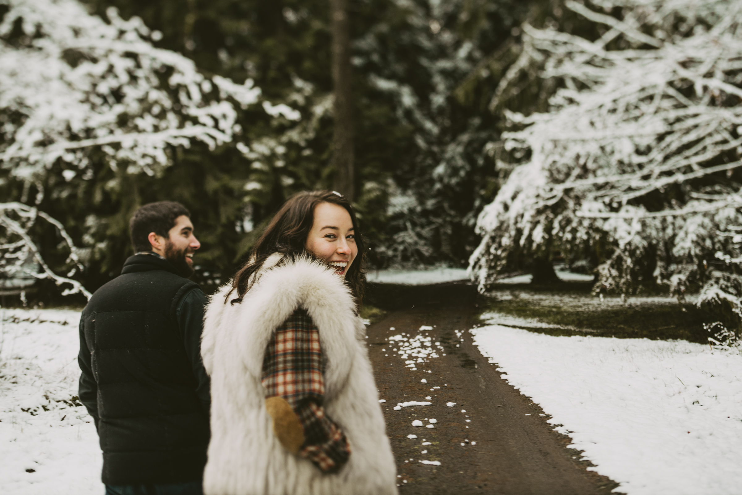 © Isaiah + Taylor Photography - Portland, Oregon Winter Forest Cabin Engagement-45.jpg