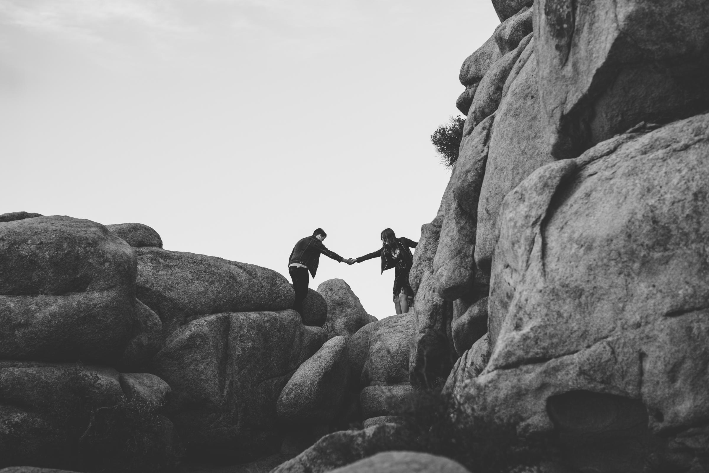 ©Isaiah + Taylor Photography - Joshua Tree Wedding Photographer-36.jpg