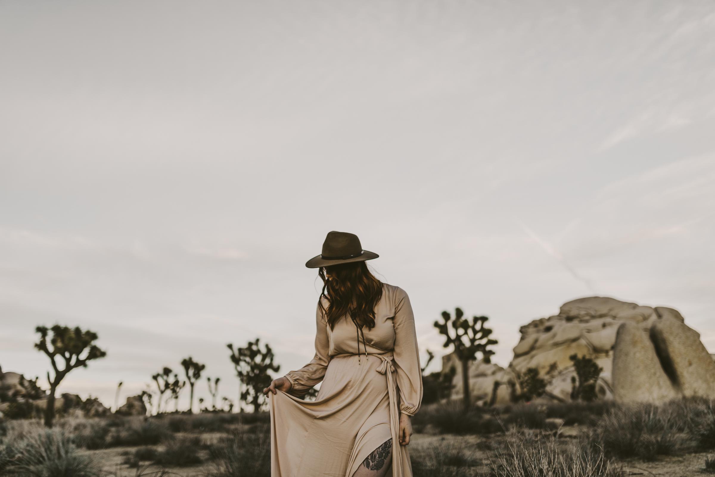 ©Isaiah + Taylor Photography - Joshua Tree Wedding Photographer-104.jpg