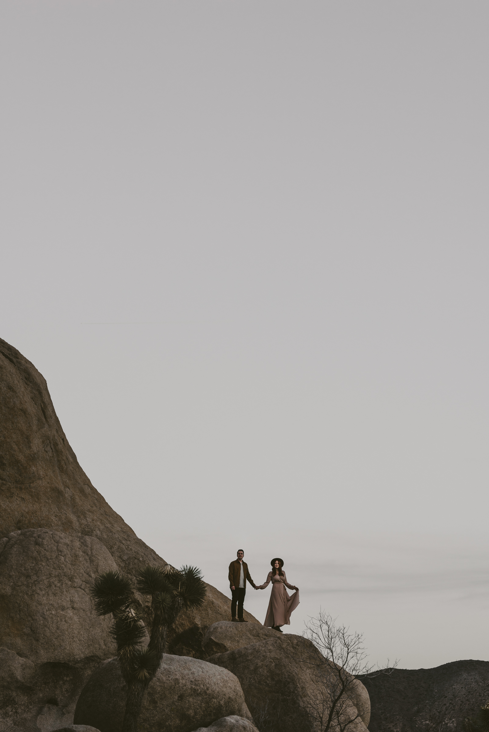 ©Isaiah + Taylor Photography - Joshua Tree Wedding Photographer-116.jpg