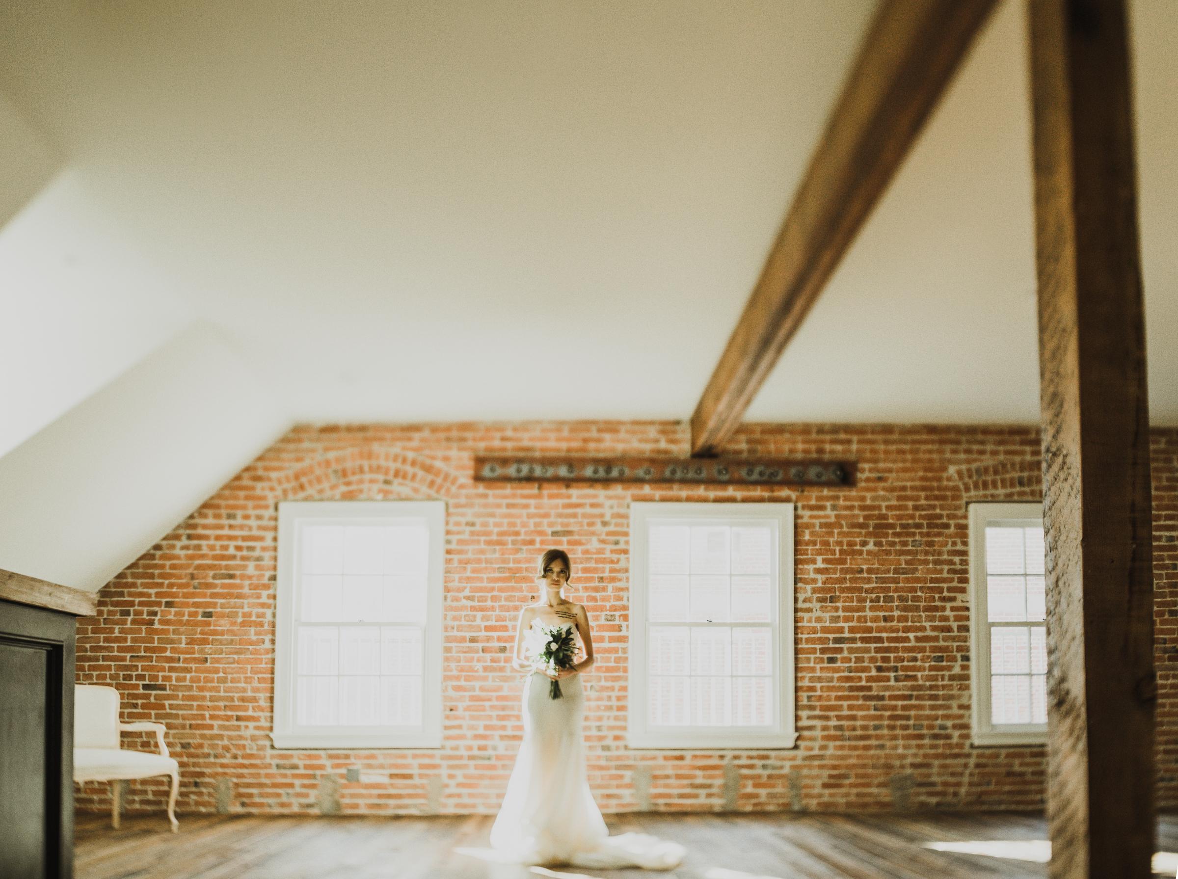 ©Isaiah + Taylor Photography - The Estate On Second Wedding, Santa Ana - Orange County Wedding Photographer-19.jpg