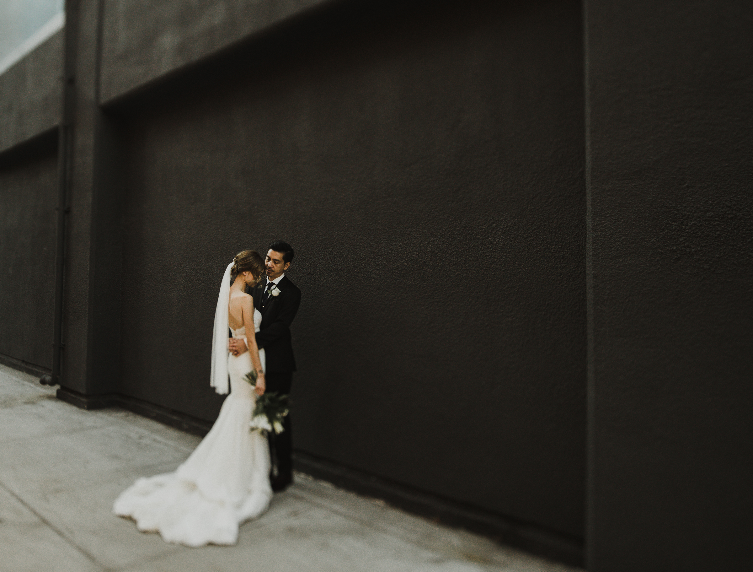 ©Isaiah + Taylor Photography - The Estate On Second Wedding, Santa Ana - Orange County Wedding Photographer-92.jpg