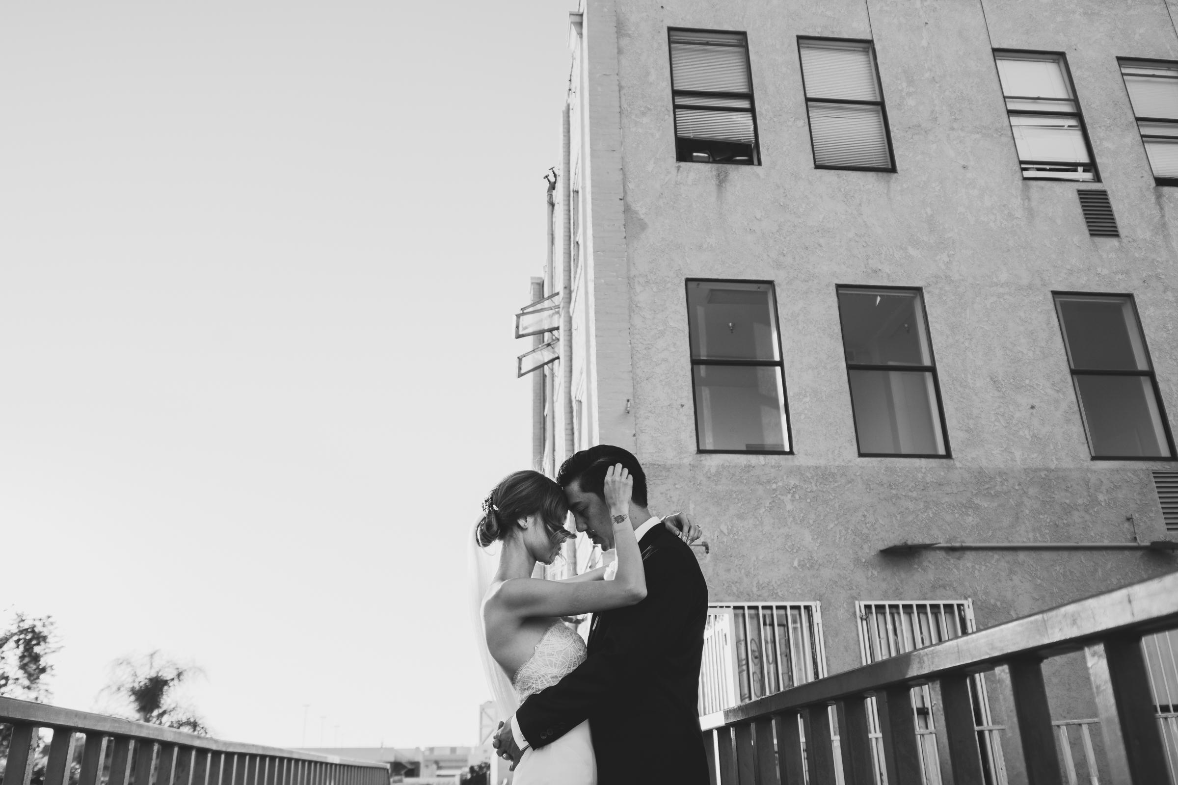 ©Isaiah + Taylor Photography - The Estate On Second Wedding, Santa Ana - Orange County Wedding Photographer-107.jpg