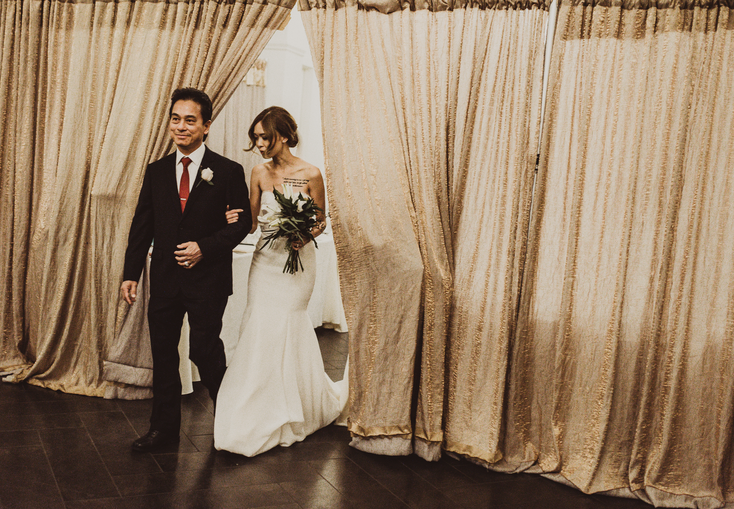 ©Isaiah + Taylor Photography - The Estate On Second Wedding, Santa Ana - Orange County Wedding Photographer-131.jpg