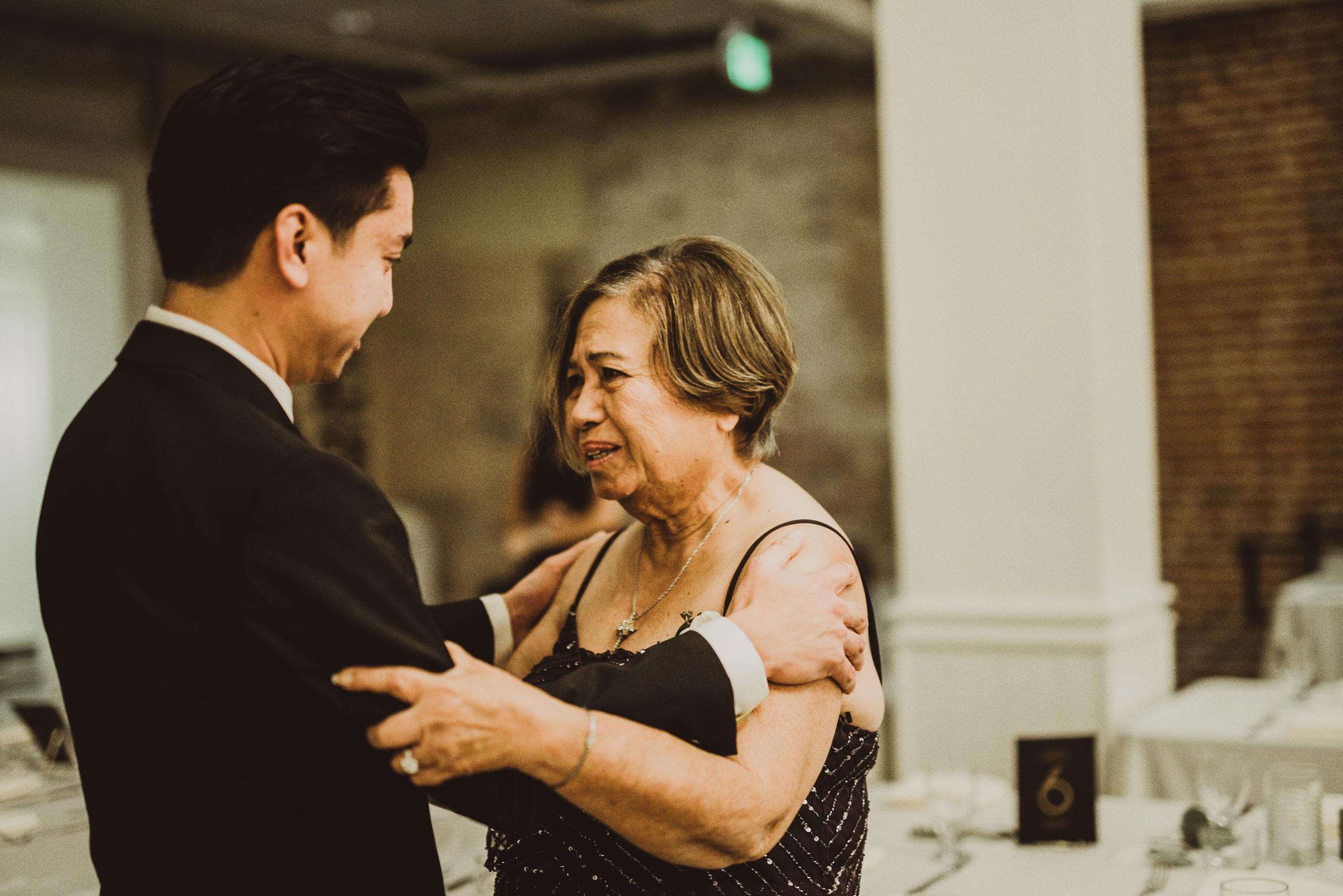 ©Isaiah + Taylor Photography - The Estate On Second Wedding, Santa Ana - Orange County Wedding Photographer-152.jpg
