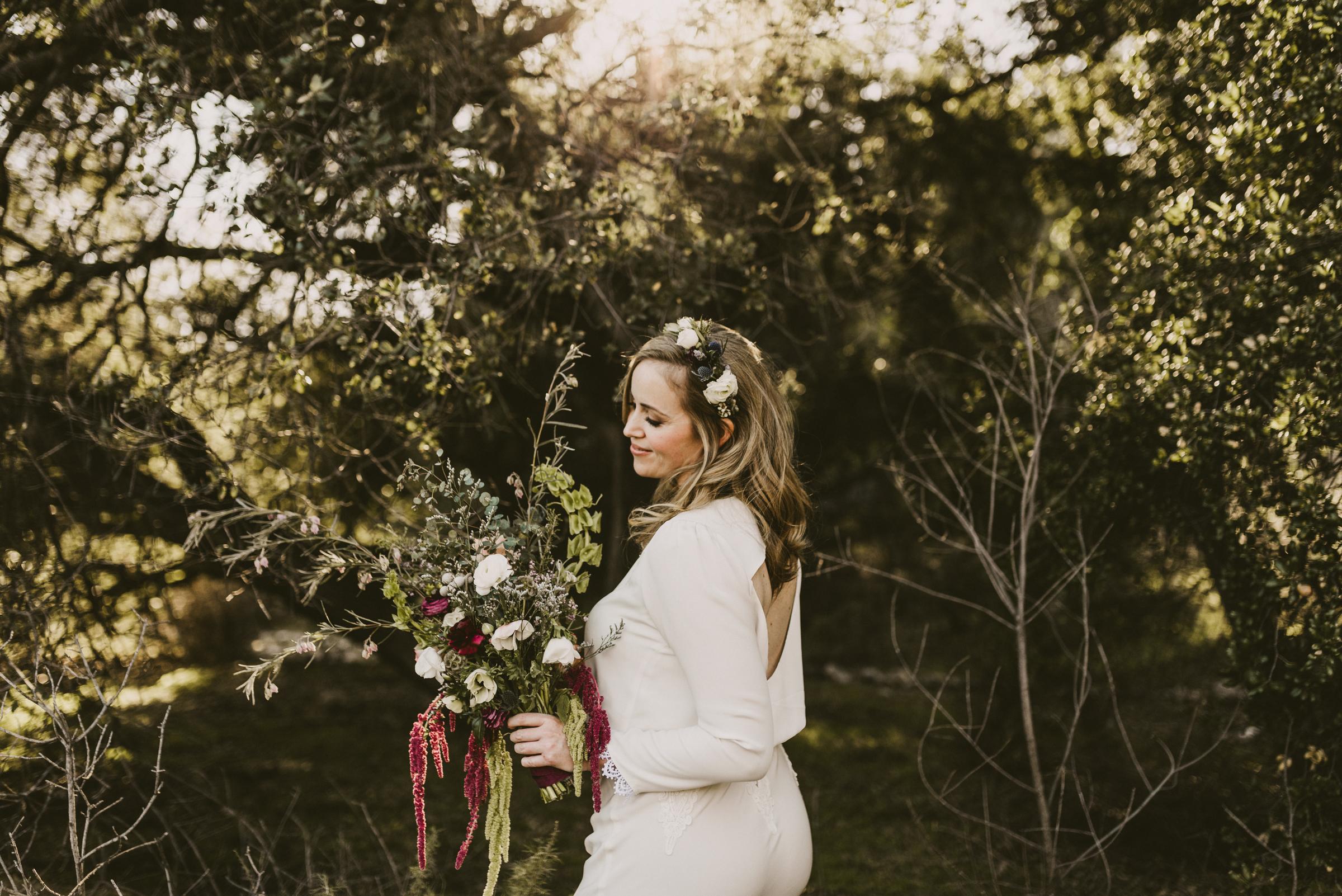 ©Isaiah + Taylor Photography - Intimate Elopement, Eaton Canyon, Los Angeles Wedding Photographer-5.jpg