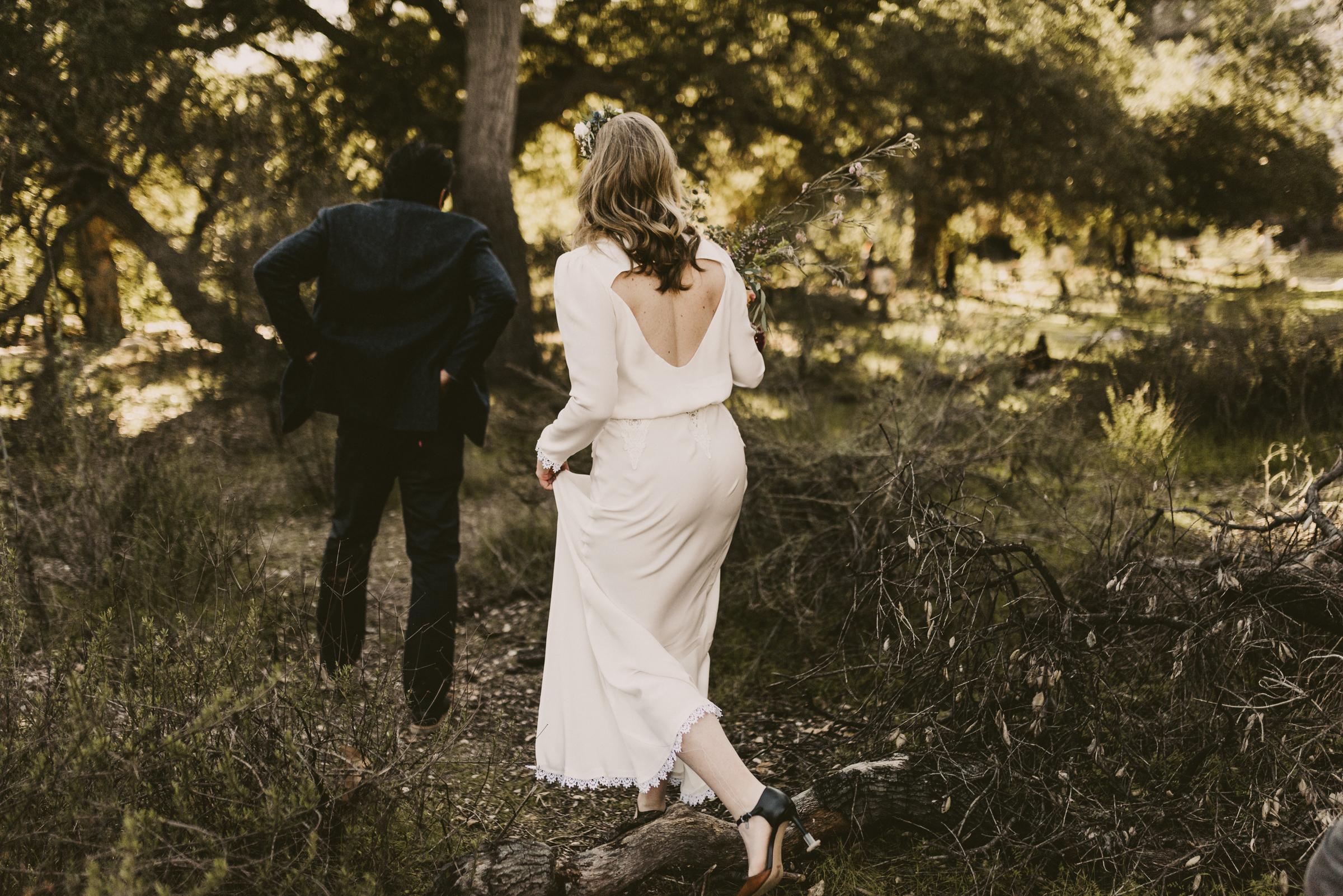 ©Isaiah + Taylor Photography - Intimate Elopement, Eaton Canyon, Los Angeles Wedding Photographer-33.jpg