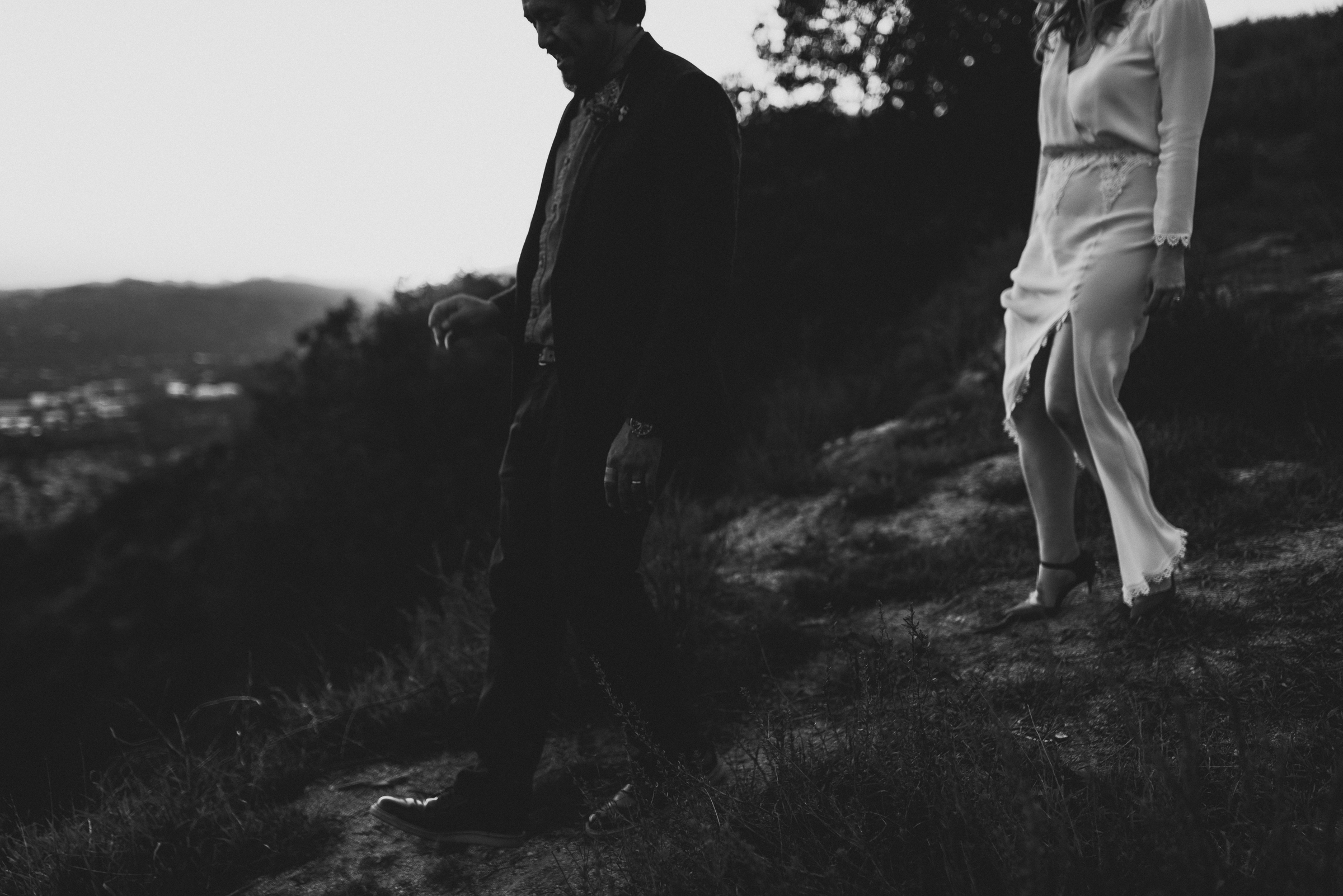 ©Isaiah + Taylor Photography - Intimate Elopement, Eaton Canyon, Los Angeles Wedding Photographer-112.jpg