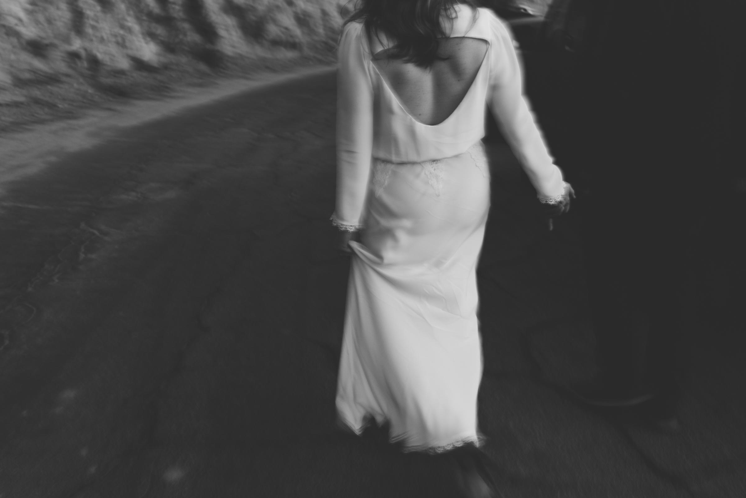 ©Isaiah + Taylor Photography - Intimate Elopement, Eaton Canyon, Los Angeles Wedding Photographer-118.jpg