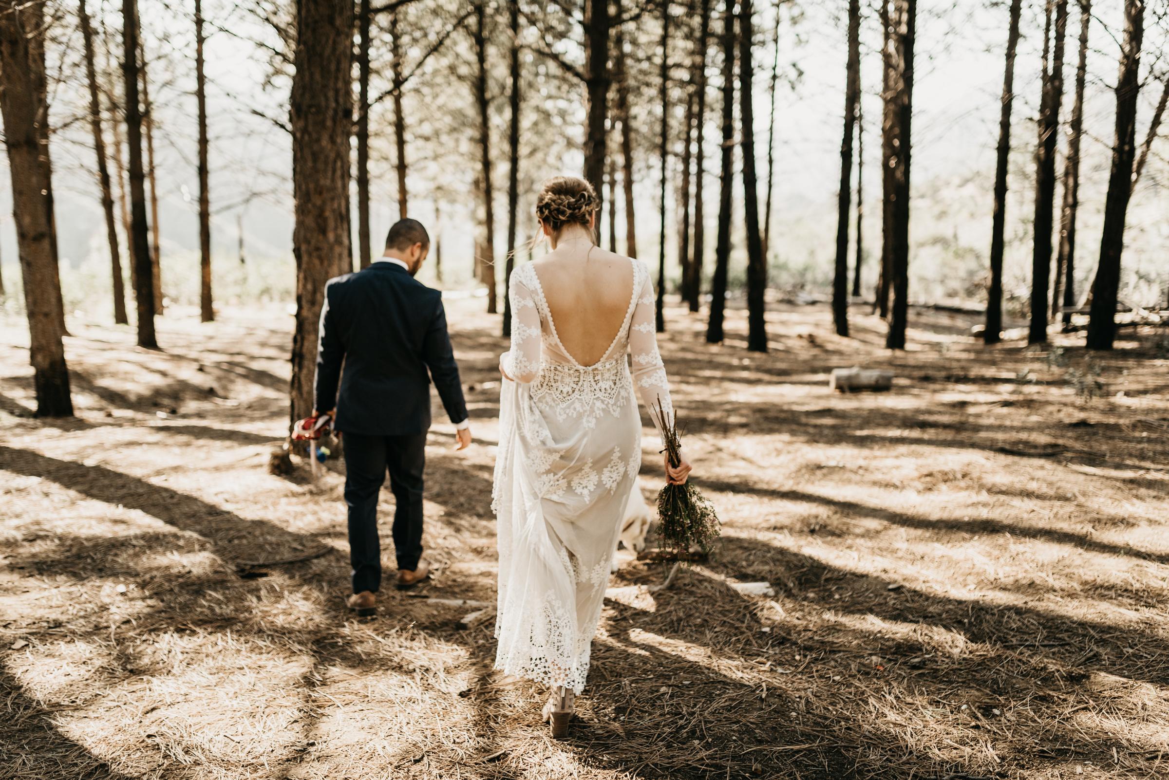 ©Isaiah + Taylor Photography - Los Angeles Wedding Photographers - Los Angeles Forest Wedding -26.jpg