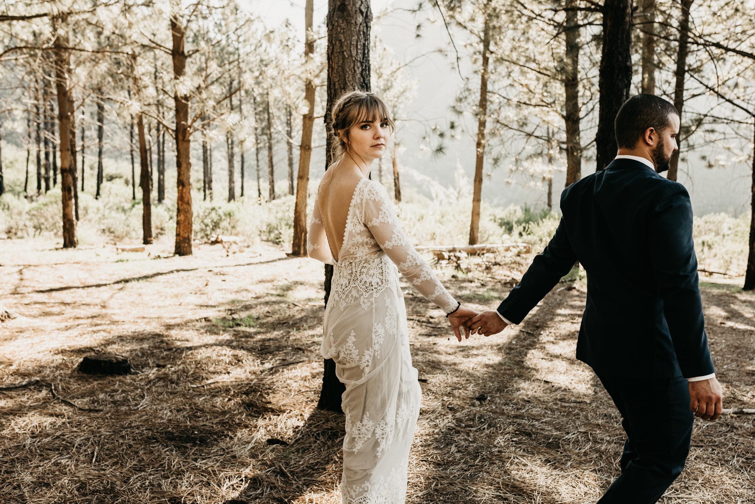©Isaiah + Taylor Photography - Los Angeles Wedding Photographers - Los Angeles Forest Wedding -44.jpg