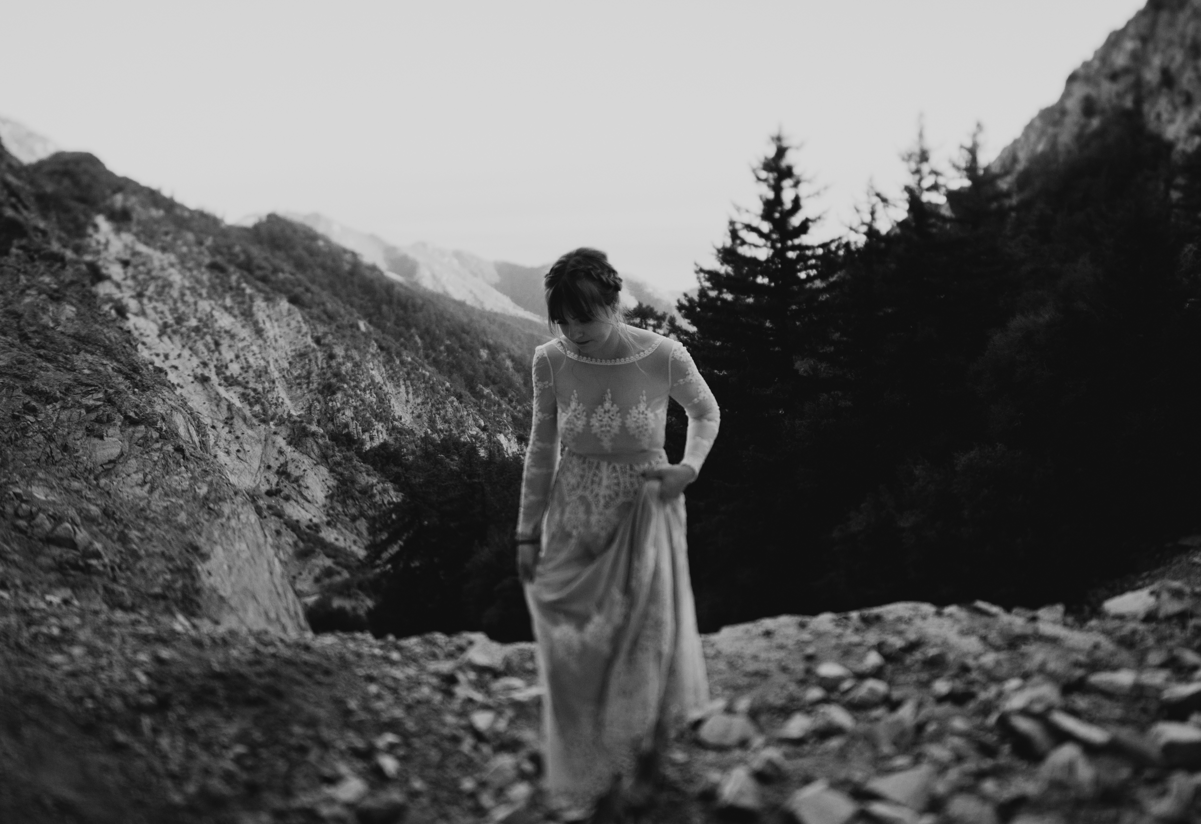 ©Isaiah + Taylor Photography - Los Angeles Wedding Photographers - Los Angeles Forest Wedding -94.jpg