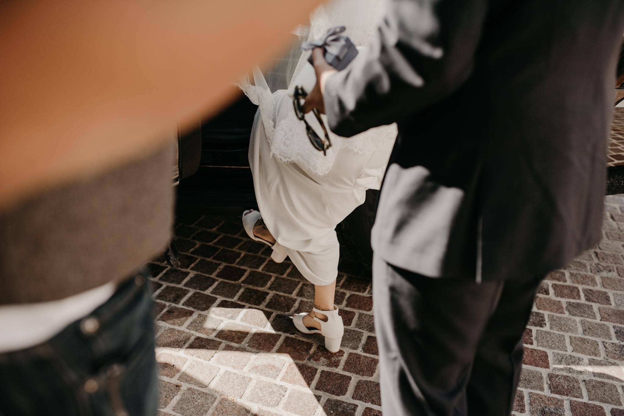 © Isaiah + Taylor Photography - Cold Spring Tavern Wedding - Santa Barbara Destination Wedding Photographer-051.jpg