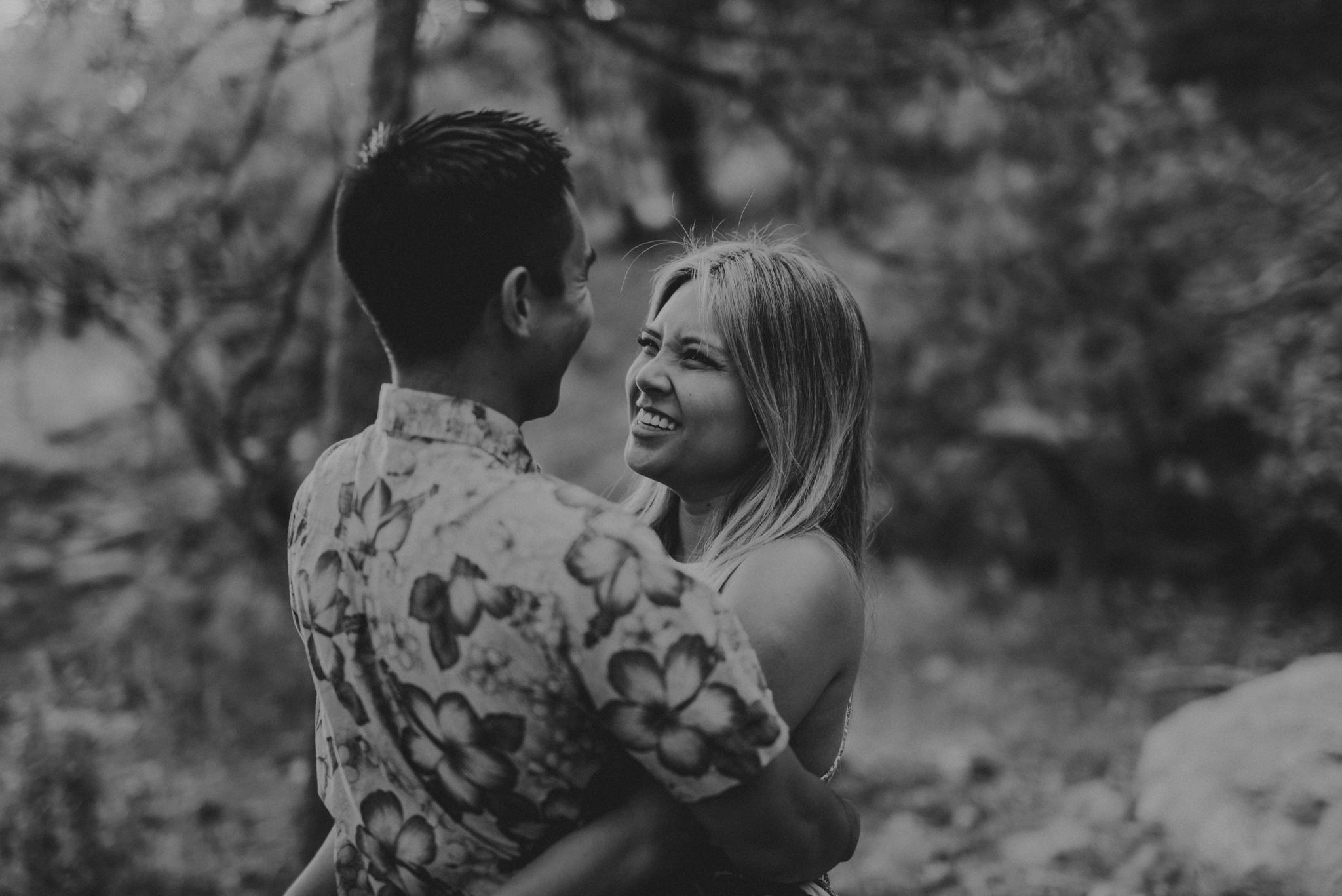 © Isaiah + Taylor Photography - Evergreen Lodge Destination Yoesmite Wedding - Los Angeles Wedding Photographer-013.jpg