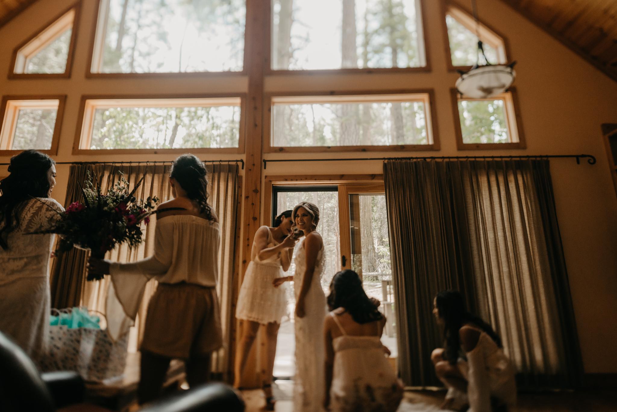 © Isaiah + Taylor Photography - Evergreen Lodge Destination Yoesmite Wedding - Los Angeles Wedding Photographer-031.jpg