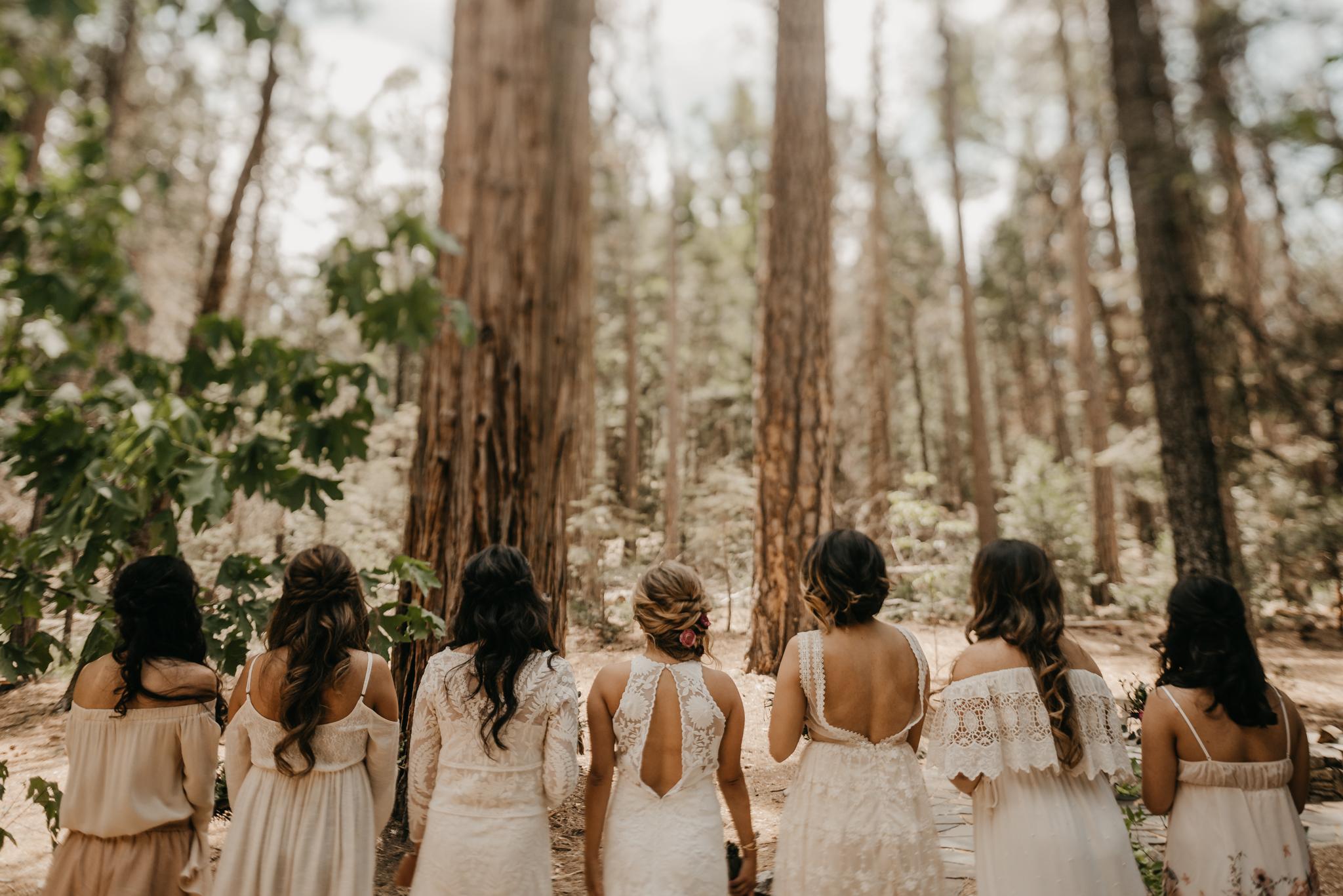 © Isaiah + Taylor Photography - Evergreen Lodge Destination Yoesmite Wedding - Los Angeles Wedding Photographer-050.jpg