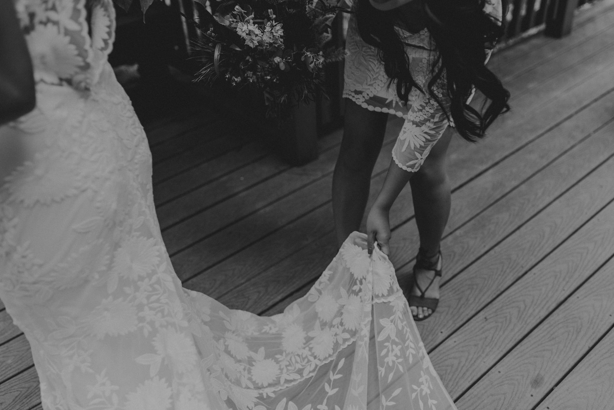 © Isaiah + Taylor Photography - Evergreen Lodge Destination Yoesmite Wedding - Los Angeles Wedding Photographer-051.jpg