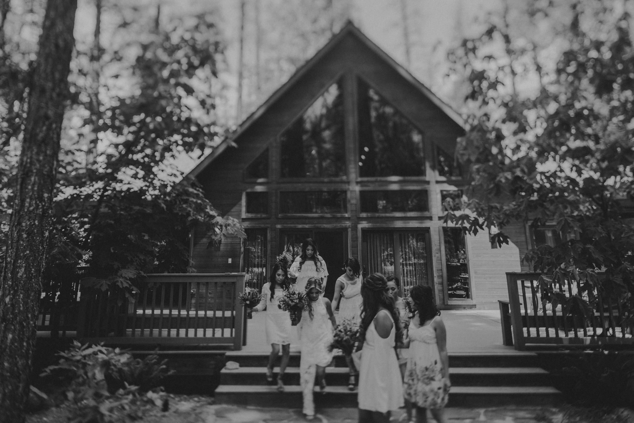 © Isaiah + Taylor Photography - Evergreen Lodge Destination Yoesmite Wedding - Los Angeles Wedding Photographer-052.jpg