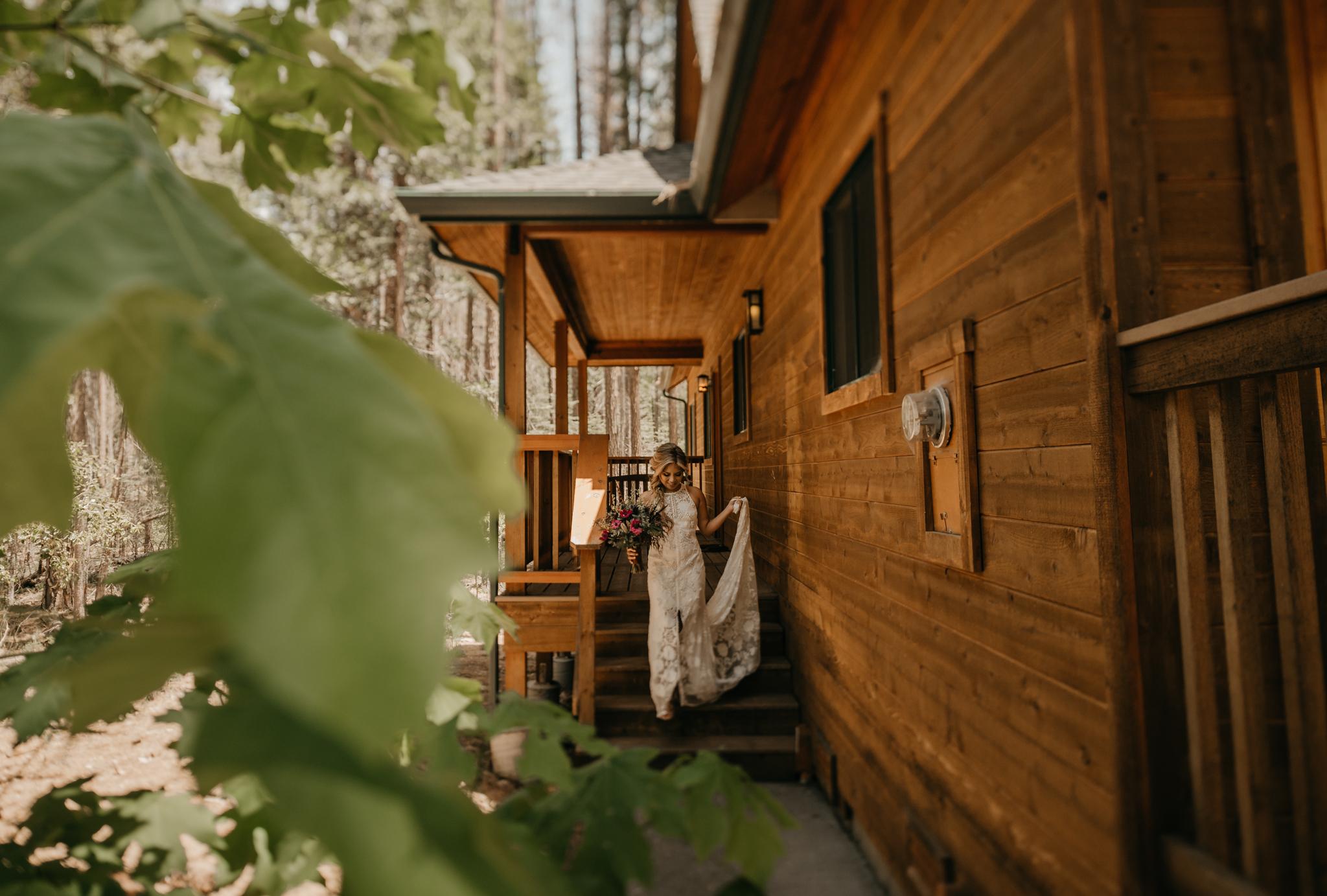 © Isaiah + Taylor Photography - Evergreen Lodge Destination Yoesmite Wedding - Los Angeles Wedding Photographer-065.jpg