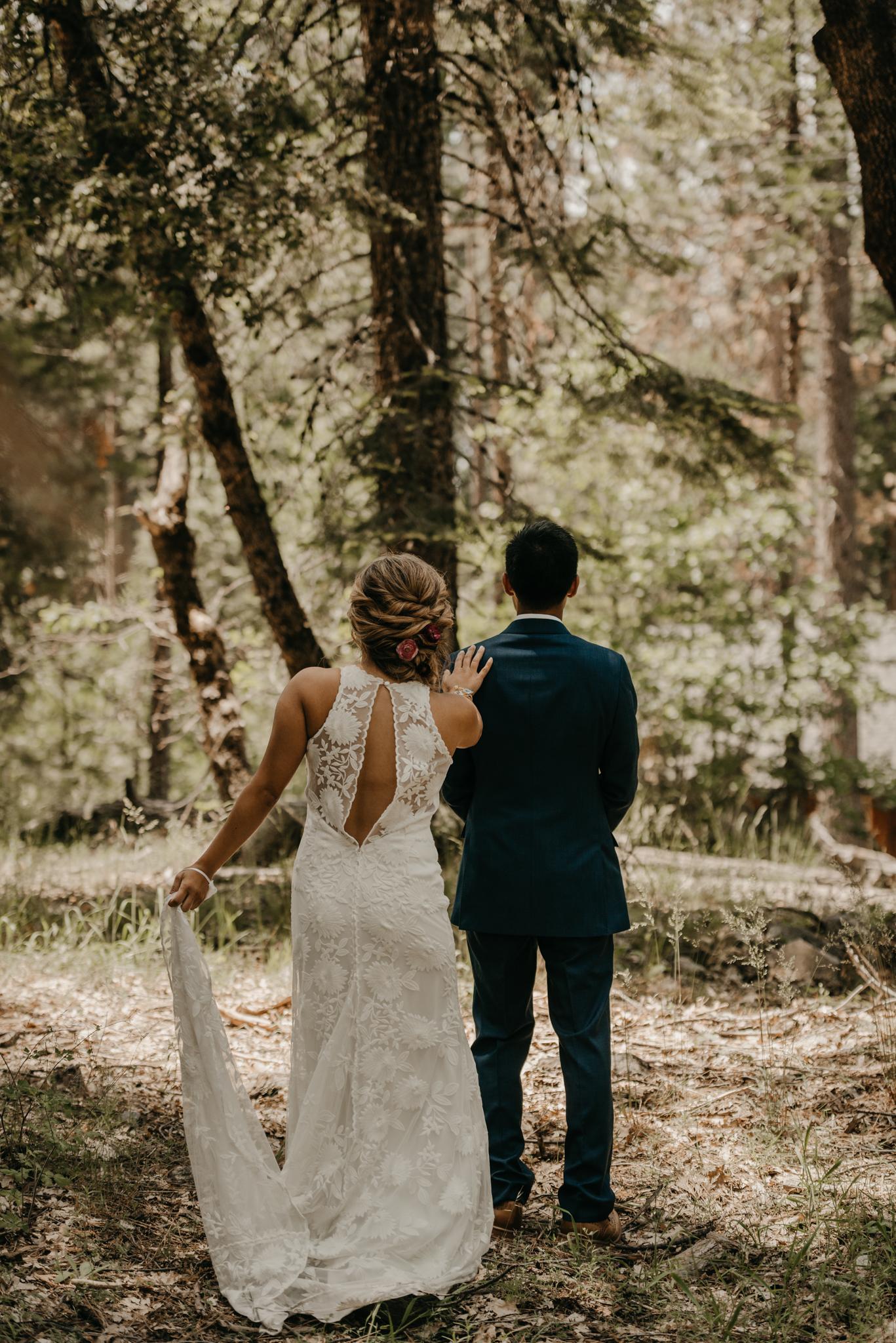 © Isaiah + Taylor Photography - Evergreen Lodge Destination Yoesmite Wedding - Los Angeles Wedding Photographer-069.jpg