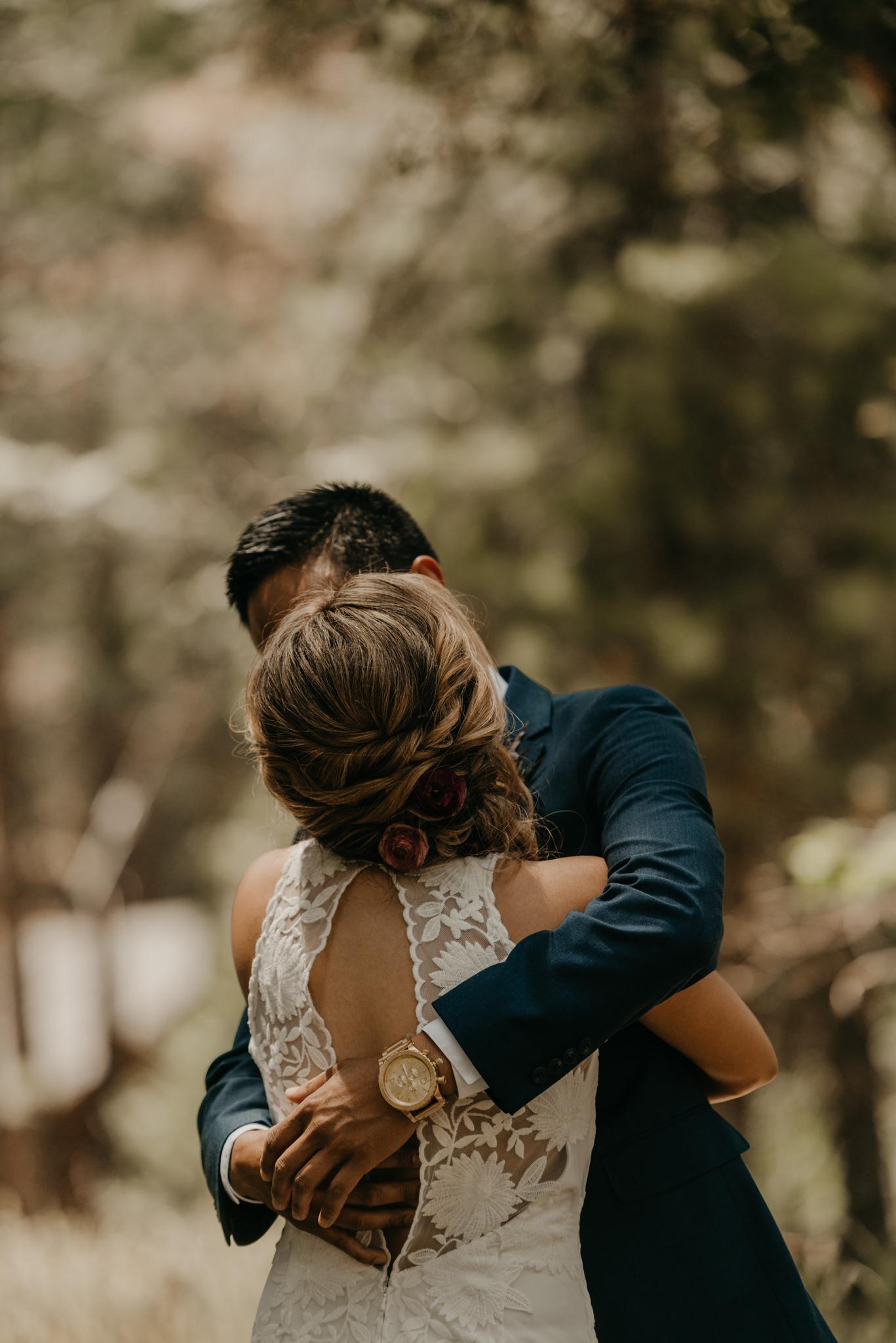 © Isaiah + Taylor Photography - Evergreen Lodge Destination Yoesmite Wedding - Los Angeles Wedding Photographer-071.jpg