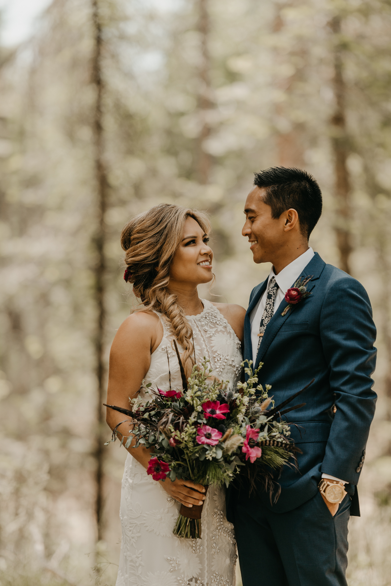 © Isaiah + Taylor Photography - Evergreen Lodge Destination Yoesmite Wedding - Los Angeles Wedding Photographer-077.jpg
