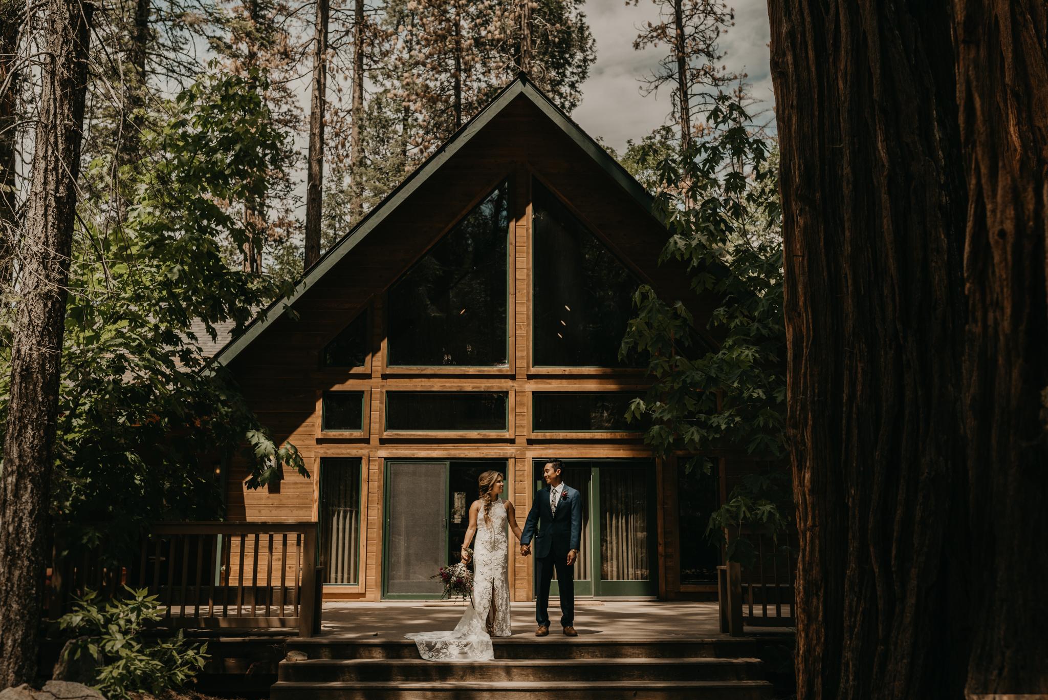 © Isaiah + Taylor Photography - Evergreen Lodge Destination Yoesmite Wedding - Los Angeles Wedding Photographer-080.jpg