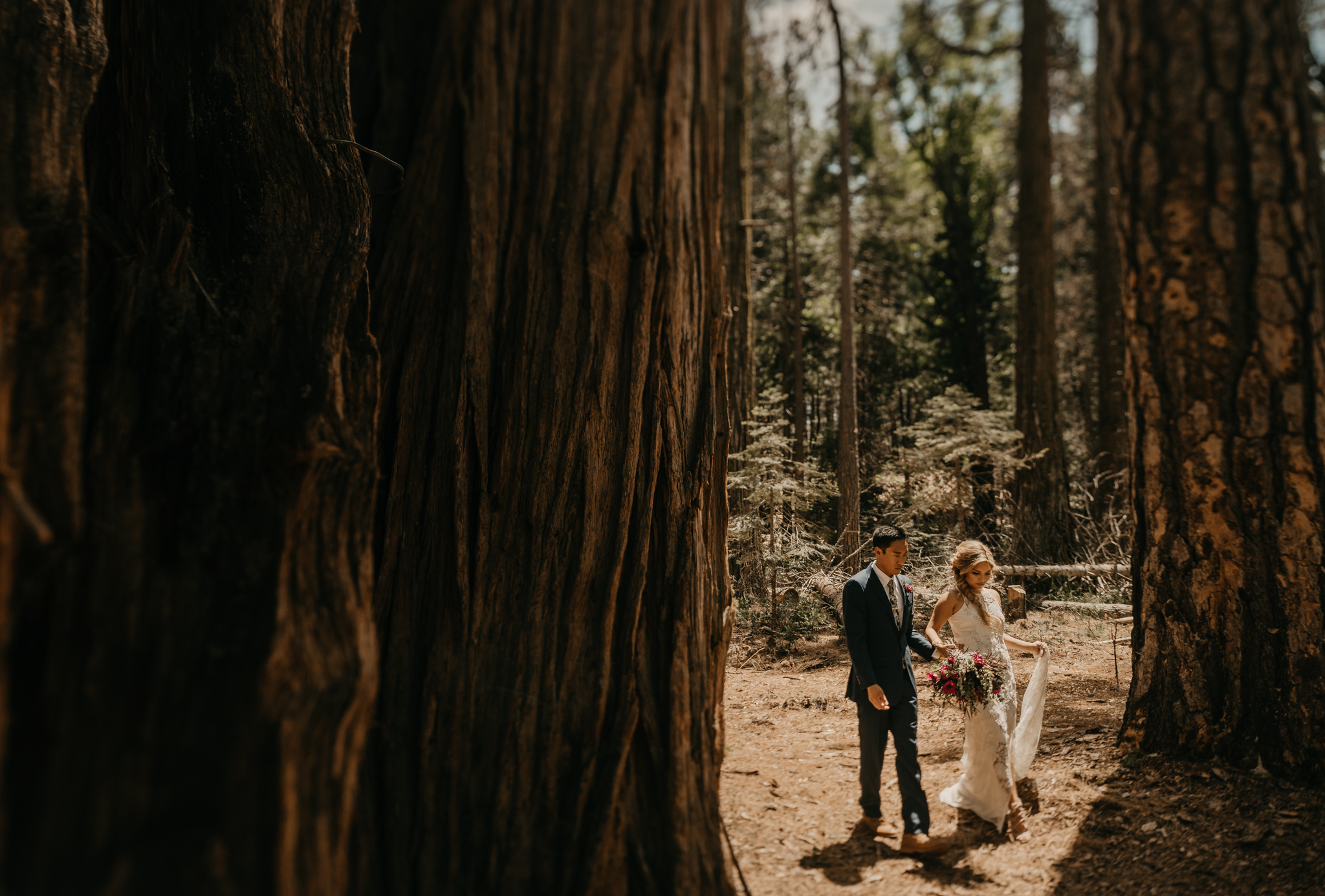 © Isaiah + Taylor Photography - Evergreen Lodge Destination Yoesmite Wedding - Los Angeles Wedding Photographer-083.jpg
