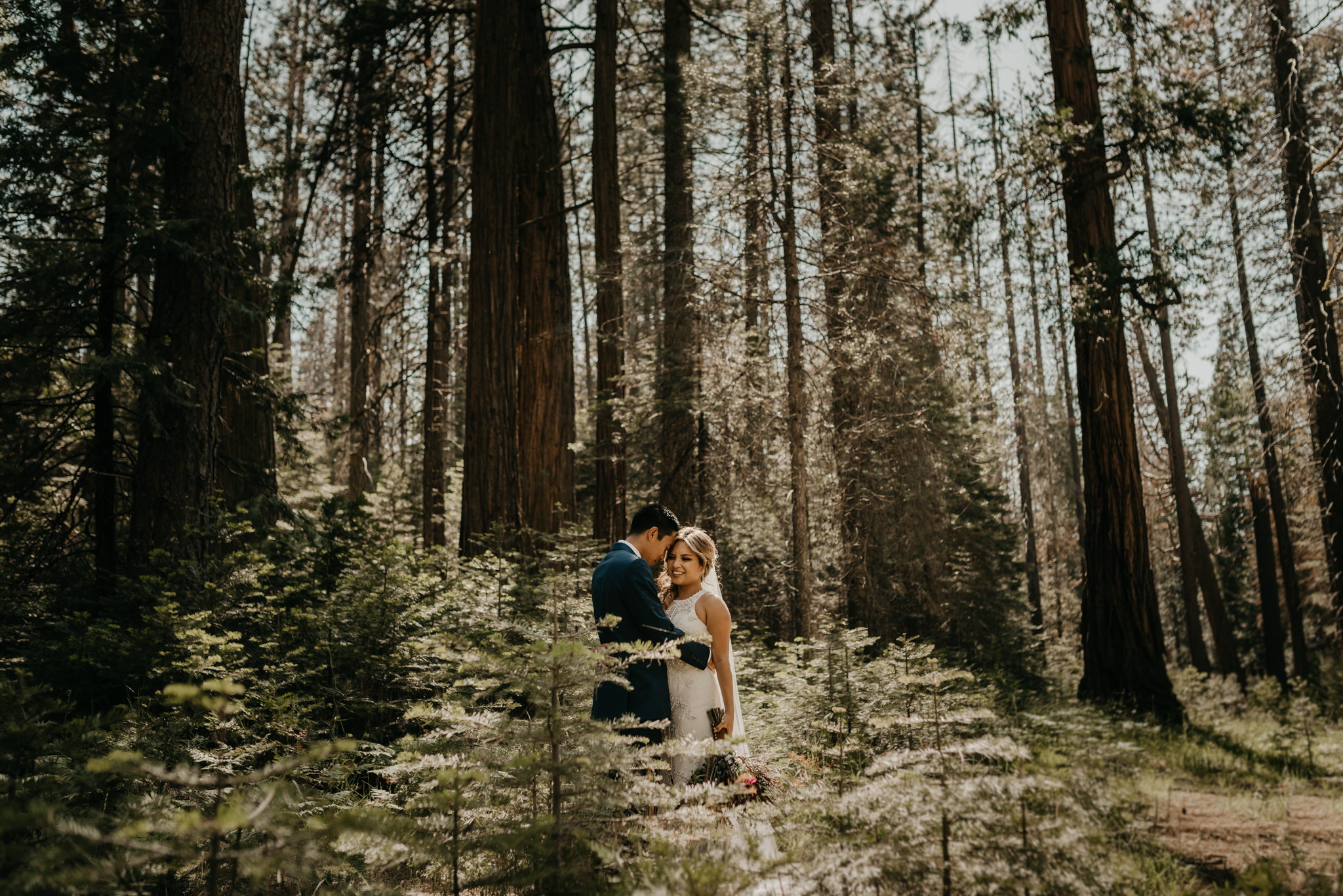 © Isaiah + Taylor Photography - Evergreen Lodge Destination Yoesmite Wedding - Los Angeles Wedding Photographer-131.jpg