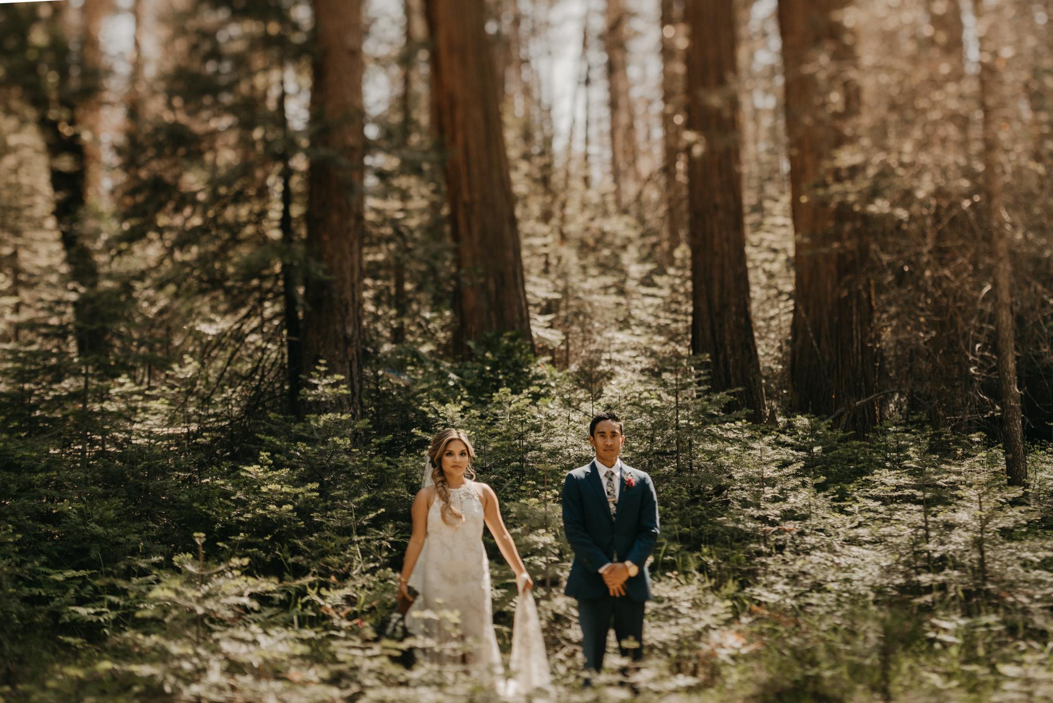 © Isaiah + Taylor Photography - Evergreen Lodge Destination Yoesmite Wedding - Los Angeles Wedding Photographer-134.jpg