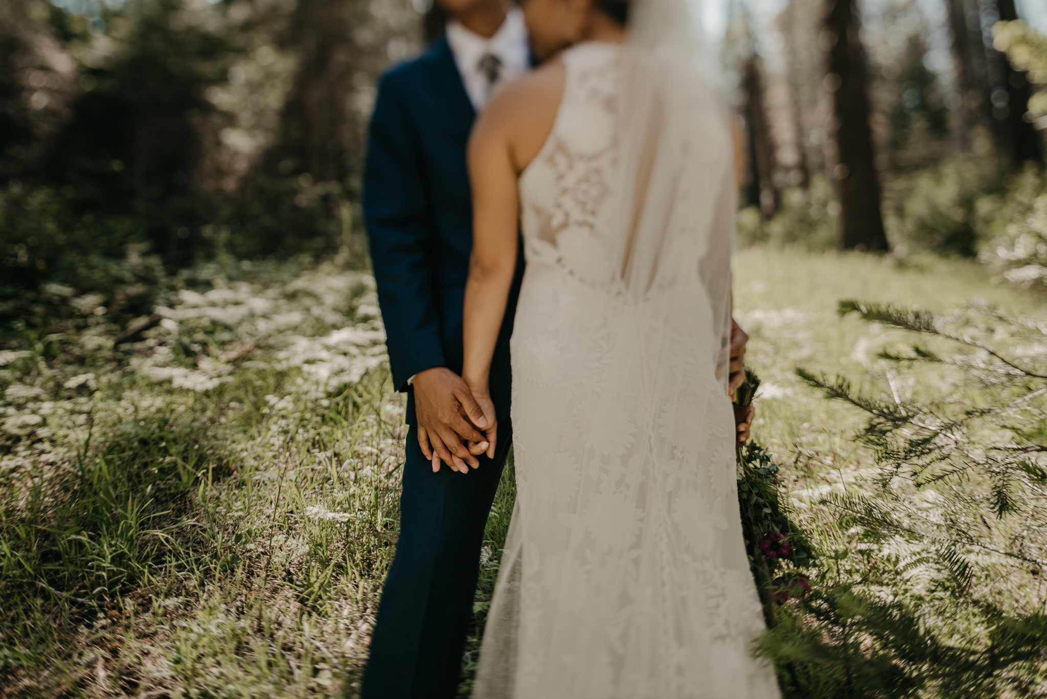 © Isaiah + Taylor Photography - Evergreen Lodge Destination Yoesmite Wedding - Los Angeles Wedding Photographer-142.jpg