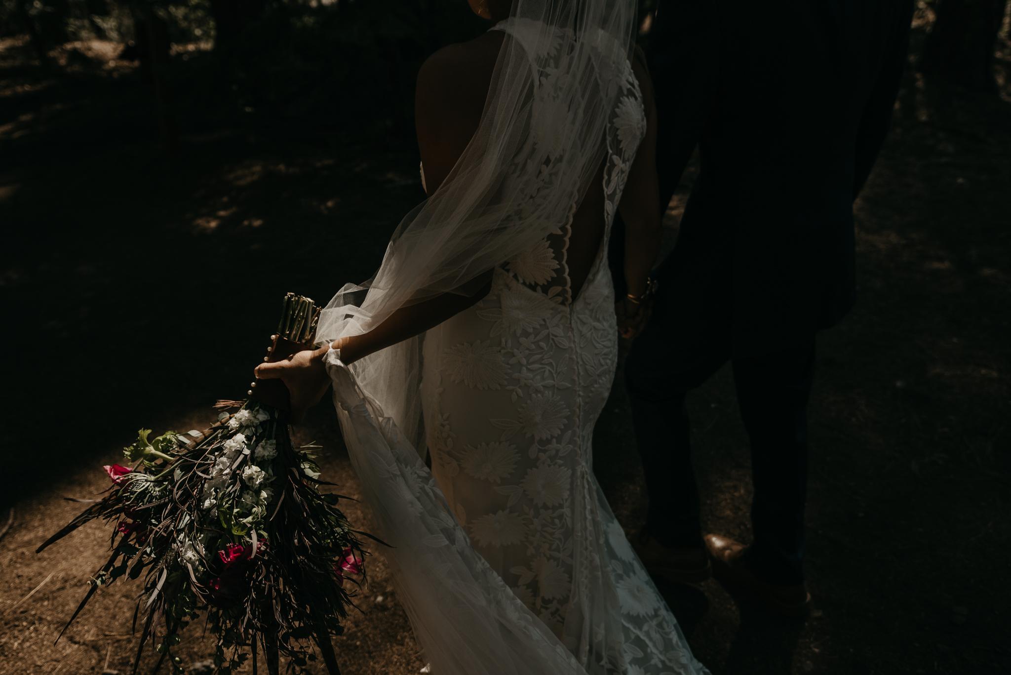 © Isaiah + Taylor Photography - Evergreen Lodge Destination Yoesmite Wedding - Los Angeles Wedding Photographer-150.jpg