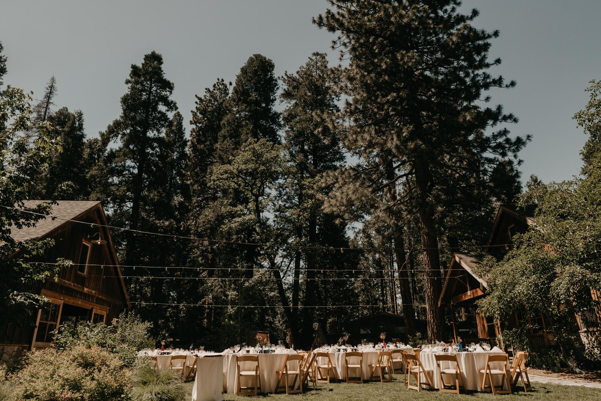 © Isaiah + Taylor Photography - Evergreen Lodge Destination Yoesmite Wedding - Los Angeles Wedding Photographer-157.jpg