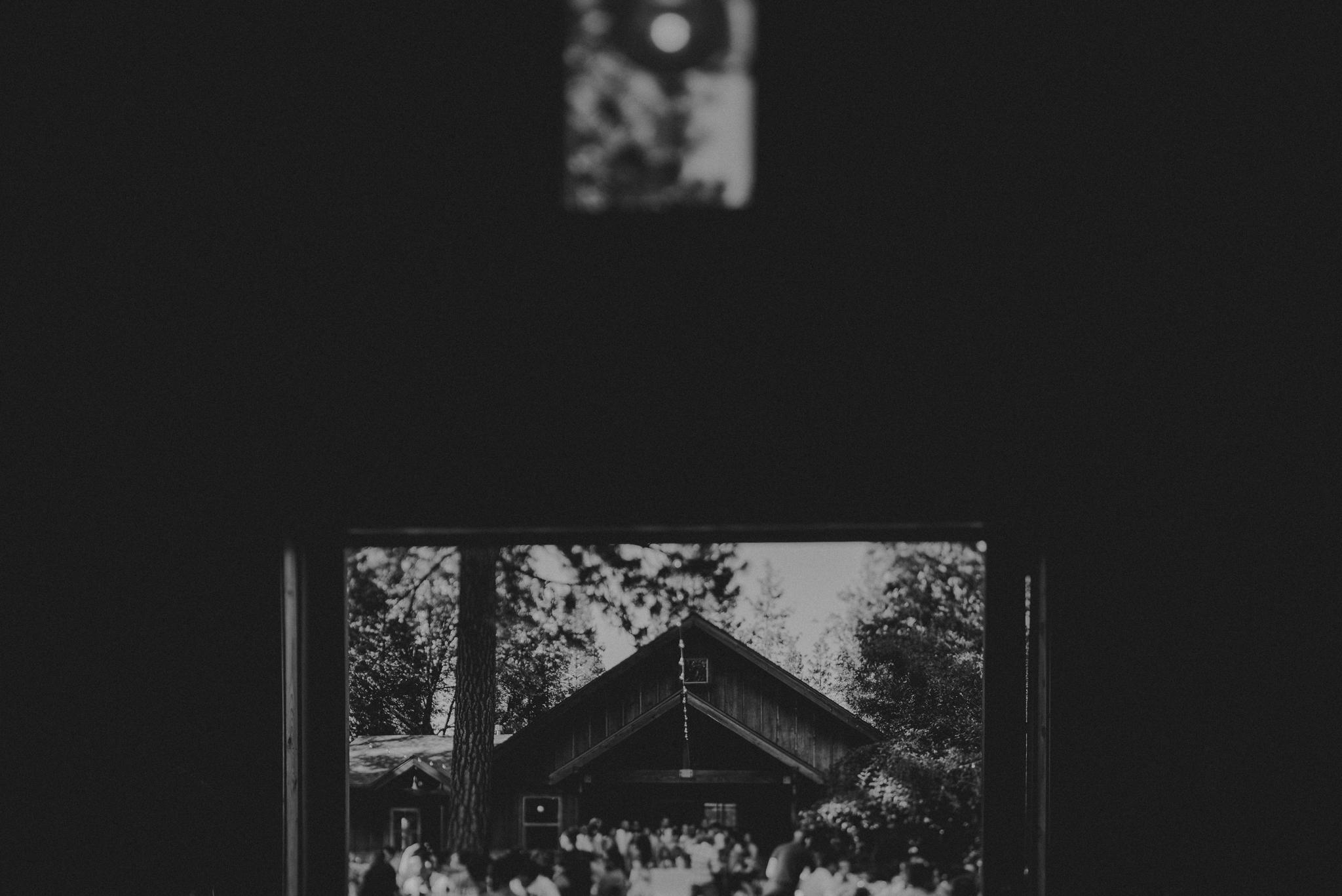 © Isaiah + Taylor Photography - Evergreen Lodge Destination Yoesmite Wedding - Los Angeles Wedding Photographer-166.jpg