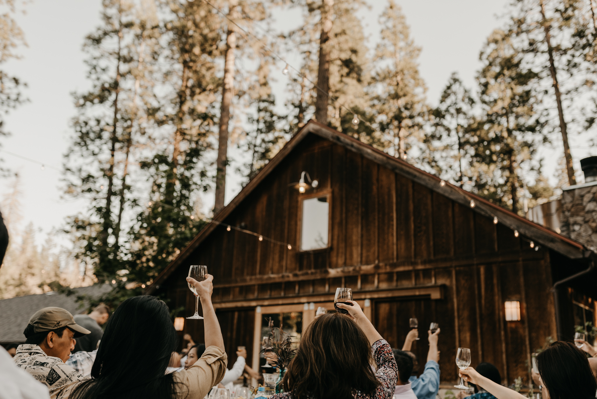 © Isaiah + Taylor Photography - Evergreen Lodge Destination Yoesmite Wedding - Los Angeles Wedding Photographer-176.jpg
