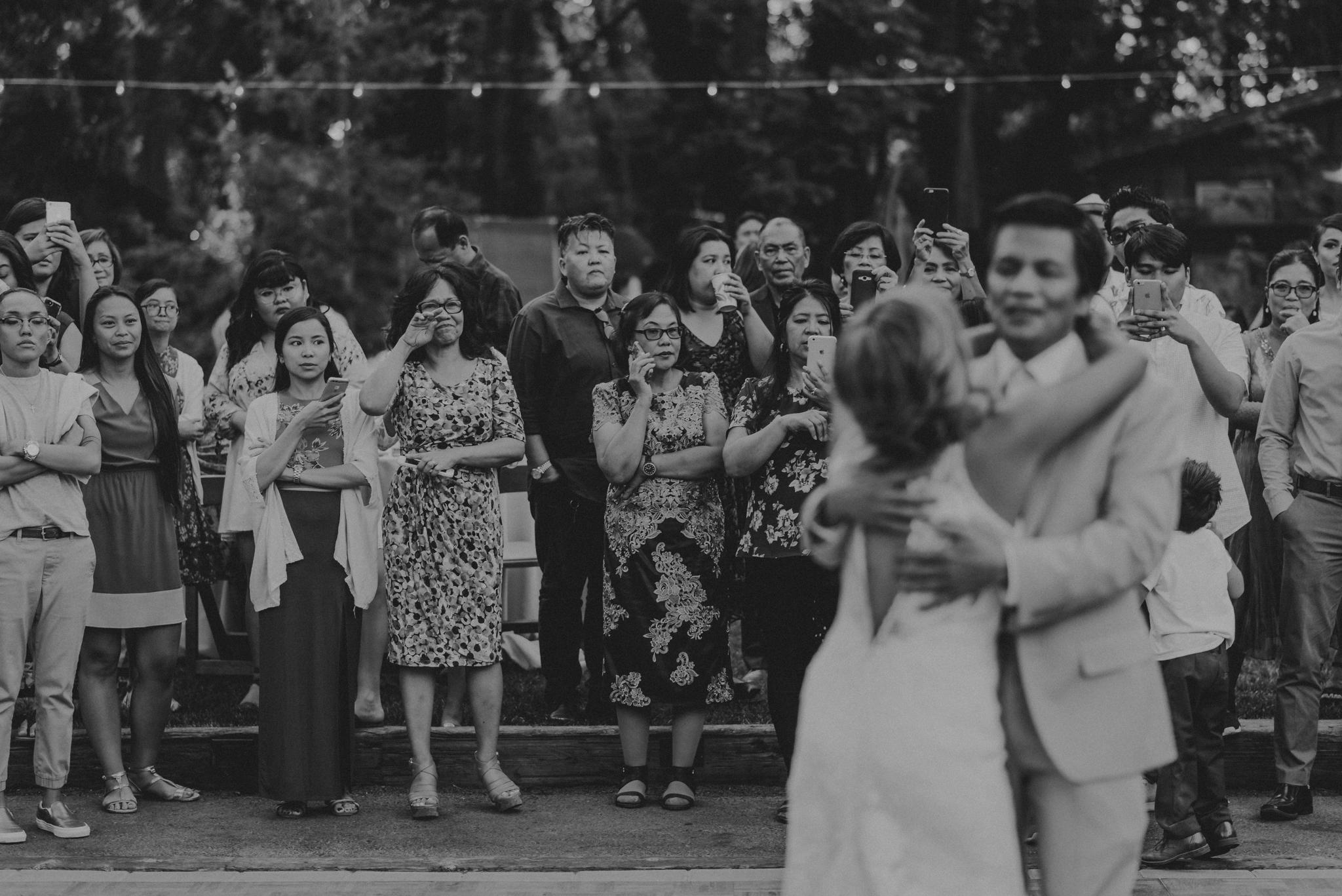 © Isaiah + Taylor Photography - Evergreen Lodge Destination Yoesmite Wedding - Los Angeles Wedding Photographer-196.jpg