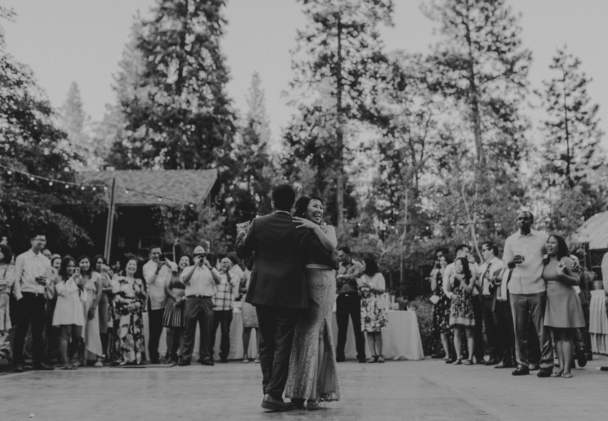 © Isaiah + Taylor Photography - Evergreen Lodge Destination Yoesmite Wedding - Los Angeles Wedding Photographer-197.jpg