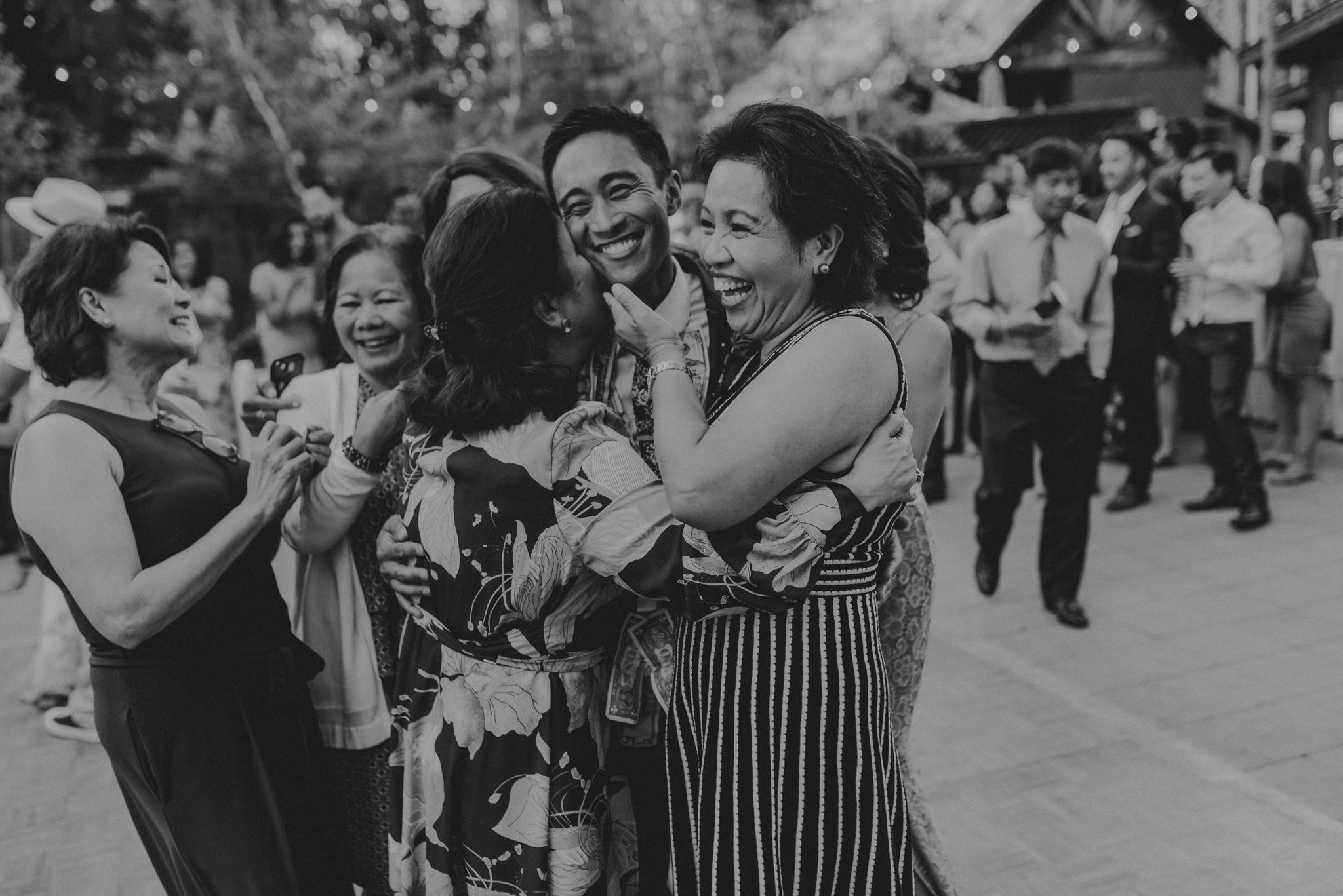 © Isaiah + Taylor Photography - Evergreen Lodge Destination Yoesmite Wedding - Los Angeles Wedding Photographer-204.jpg